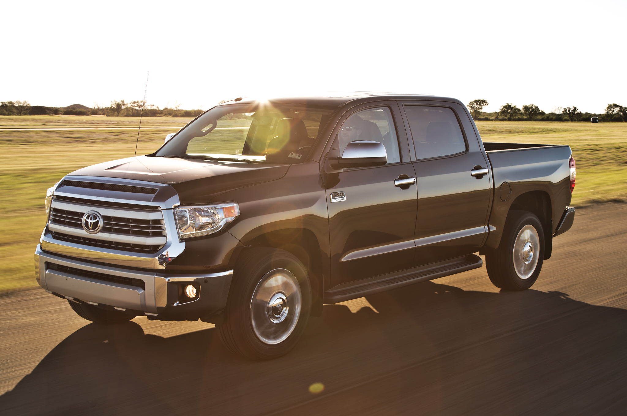 2014 Toyota Tundra 1794 Edition CrewMax 4x4 First Test Motor Trend