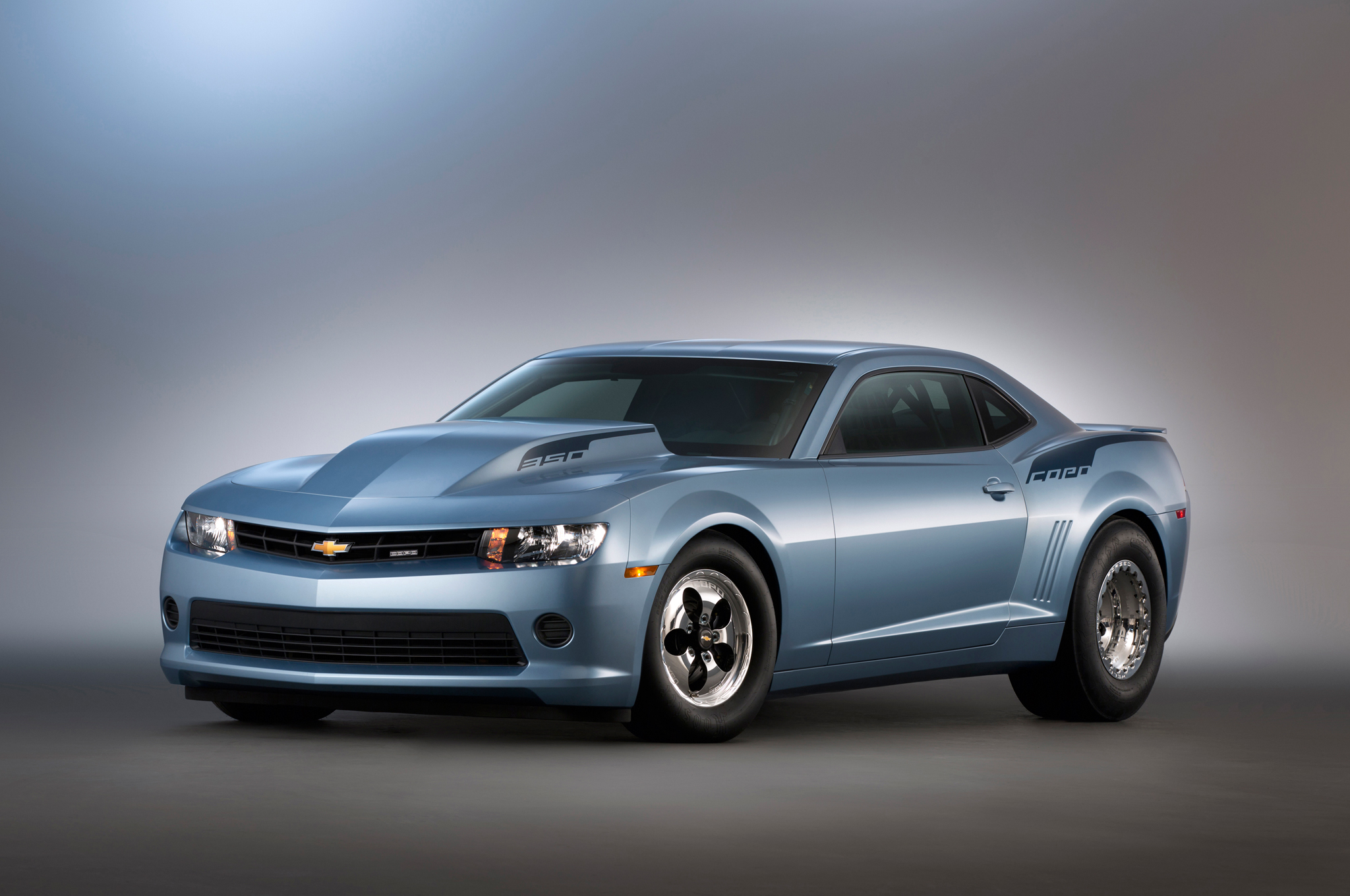 2014 COPO Camaro Raises $700,000 for Veterans Charity at Barrett-Jackson