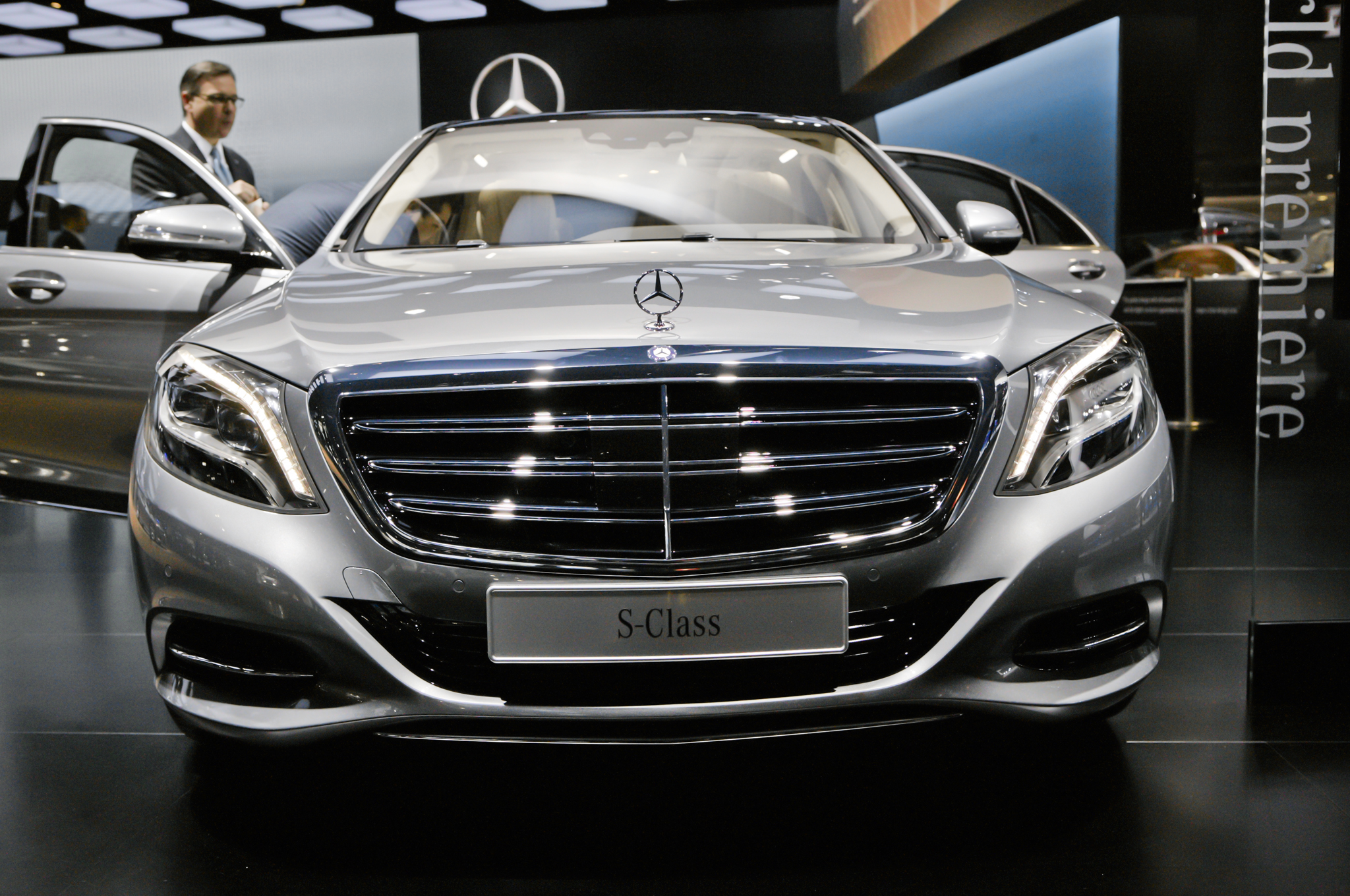 https://enthusiastnetwork.s3.amazonaws.com/uploads/sites/5/2014/01/2015-Mercedes-Benz-S600-front-end.jpg?impolicy=entryimage