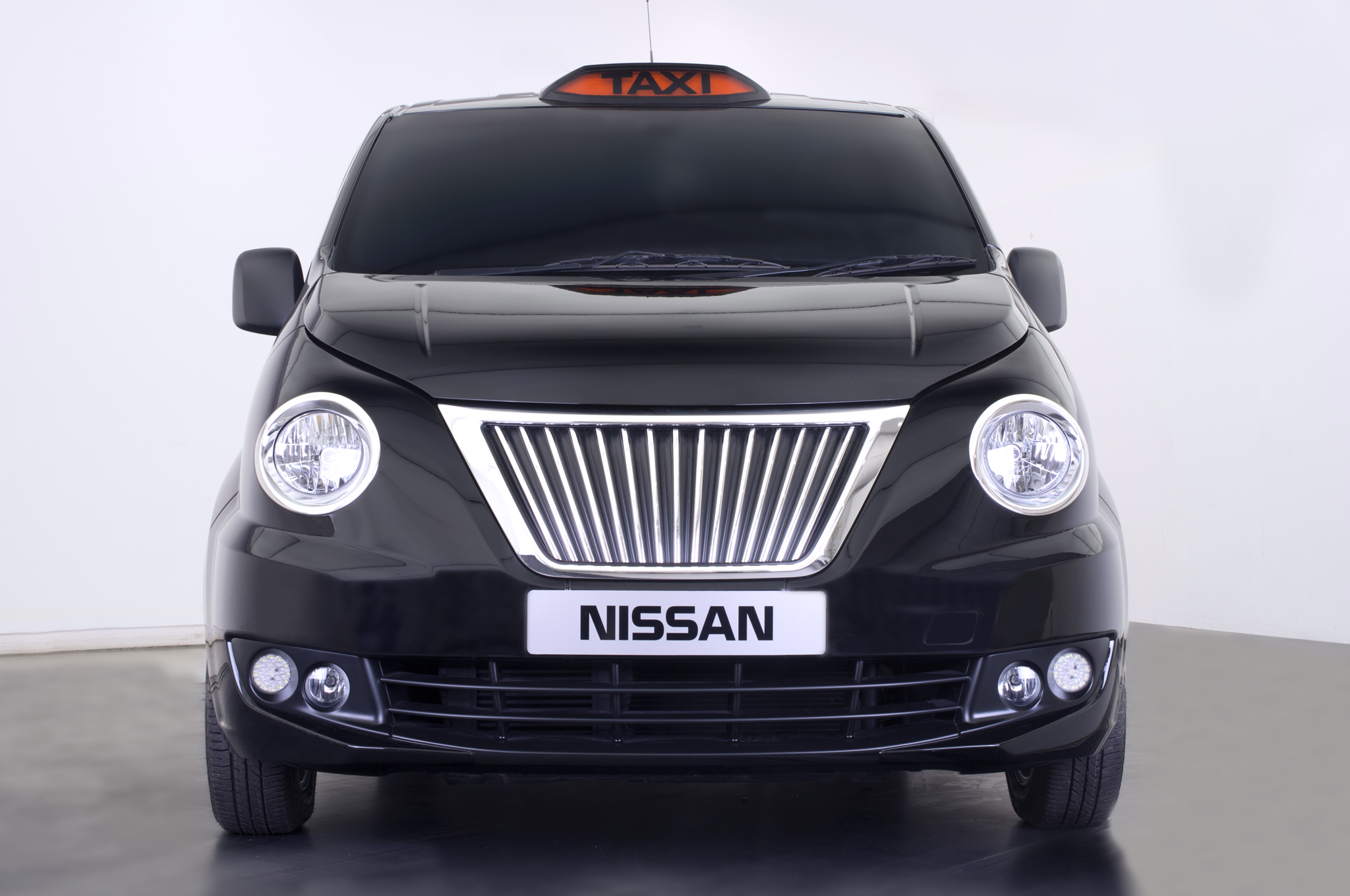 Nissan NV200 Taxi for London Revealed - Better than NYC's?