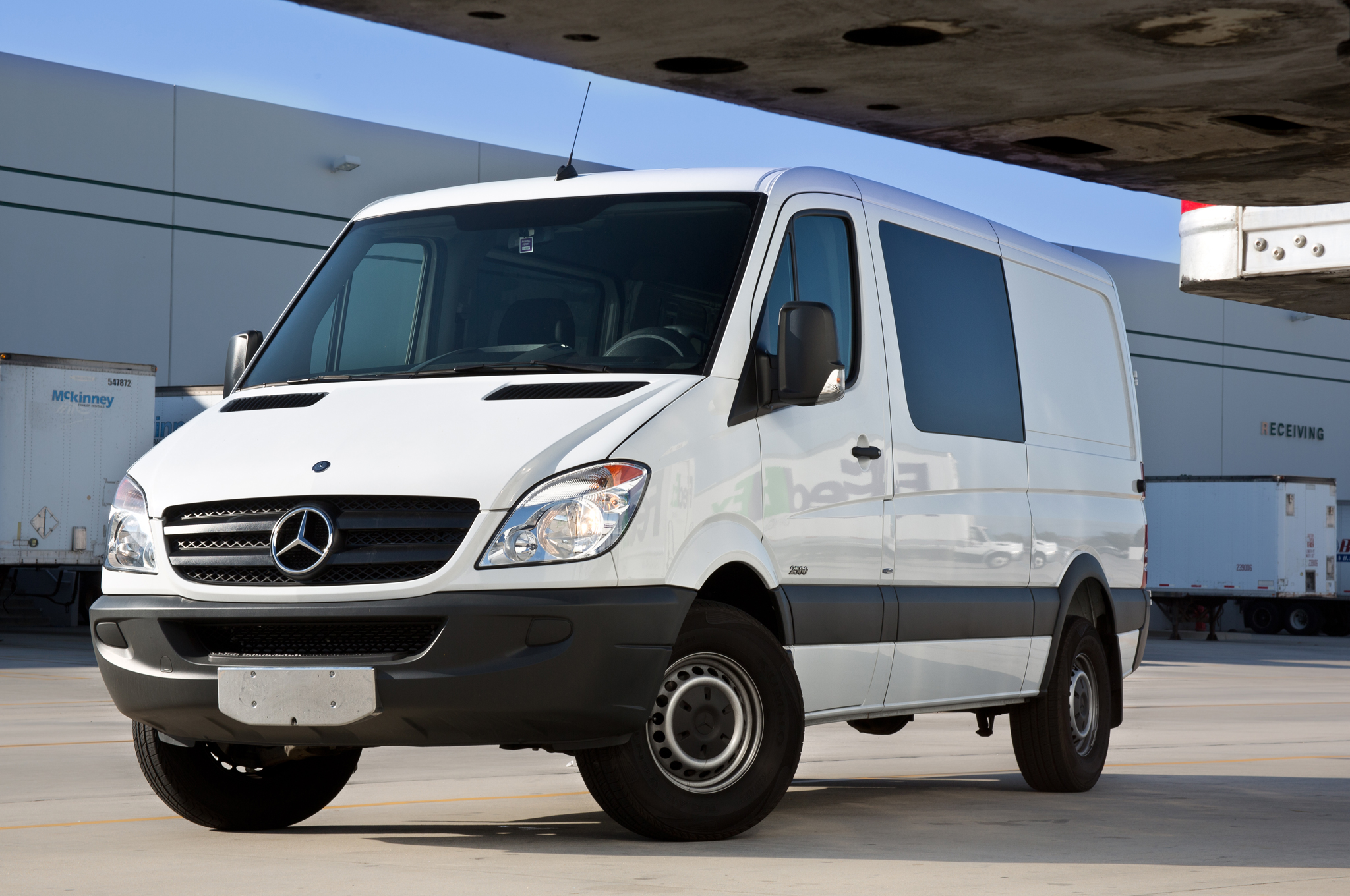 63e31690f7321f 2012 Mercedes-Benz Sprinter 2500 Bluetec Update 1 - MotorTrend
