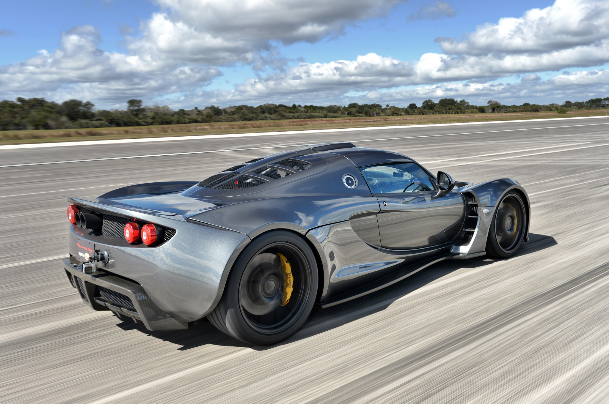 Hennessey Venom GT Hits 270.49 MPH, is Unofficial World's Fastest Car
