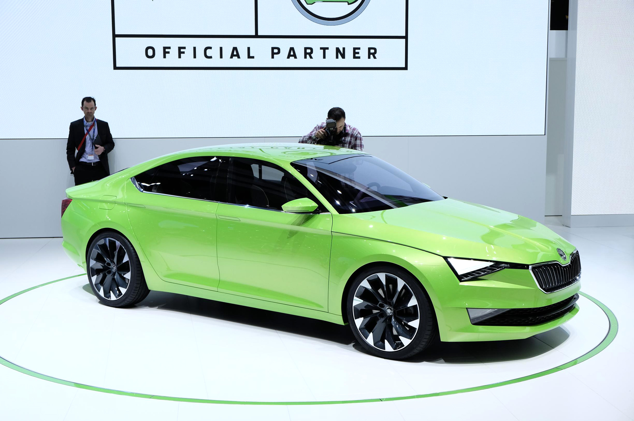 Skoda VisionC Concept Aims for Style at Geneva Show