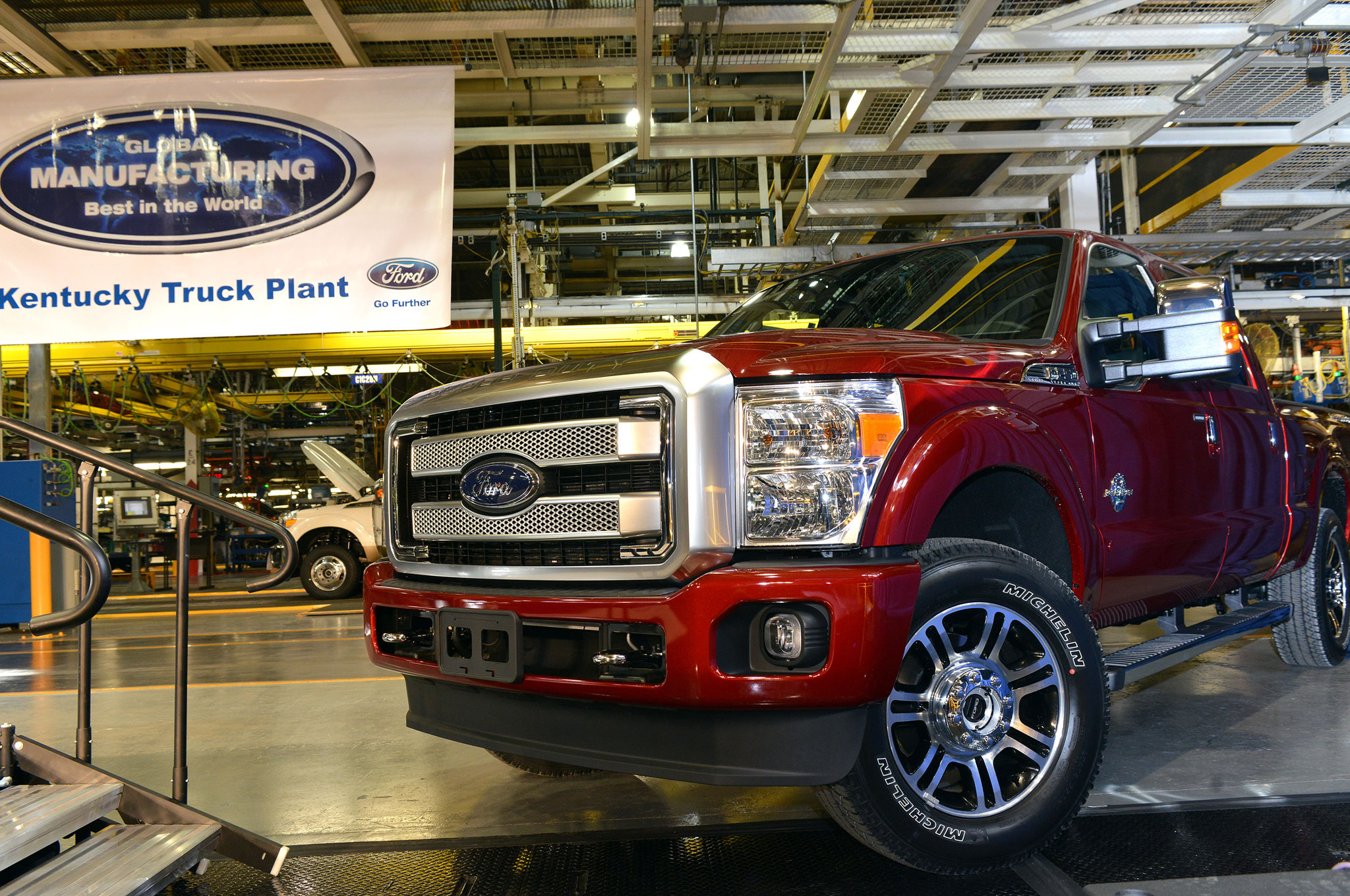 Ford Louisville Ky >> Ford Increases Investment In Kentucky Truck Plant On High
