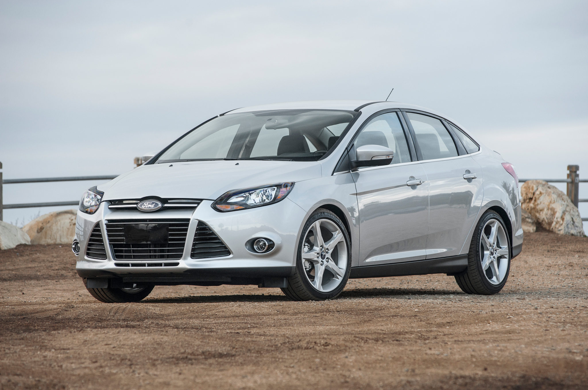 2014 Ford Focus Mpg >> 2014 Ford Focus Titanium First Test Motor Trend Motortrend