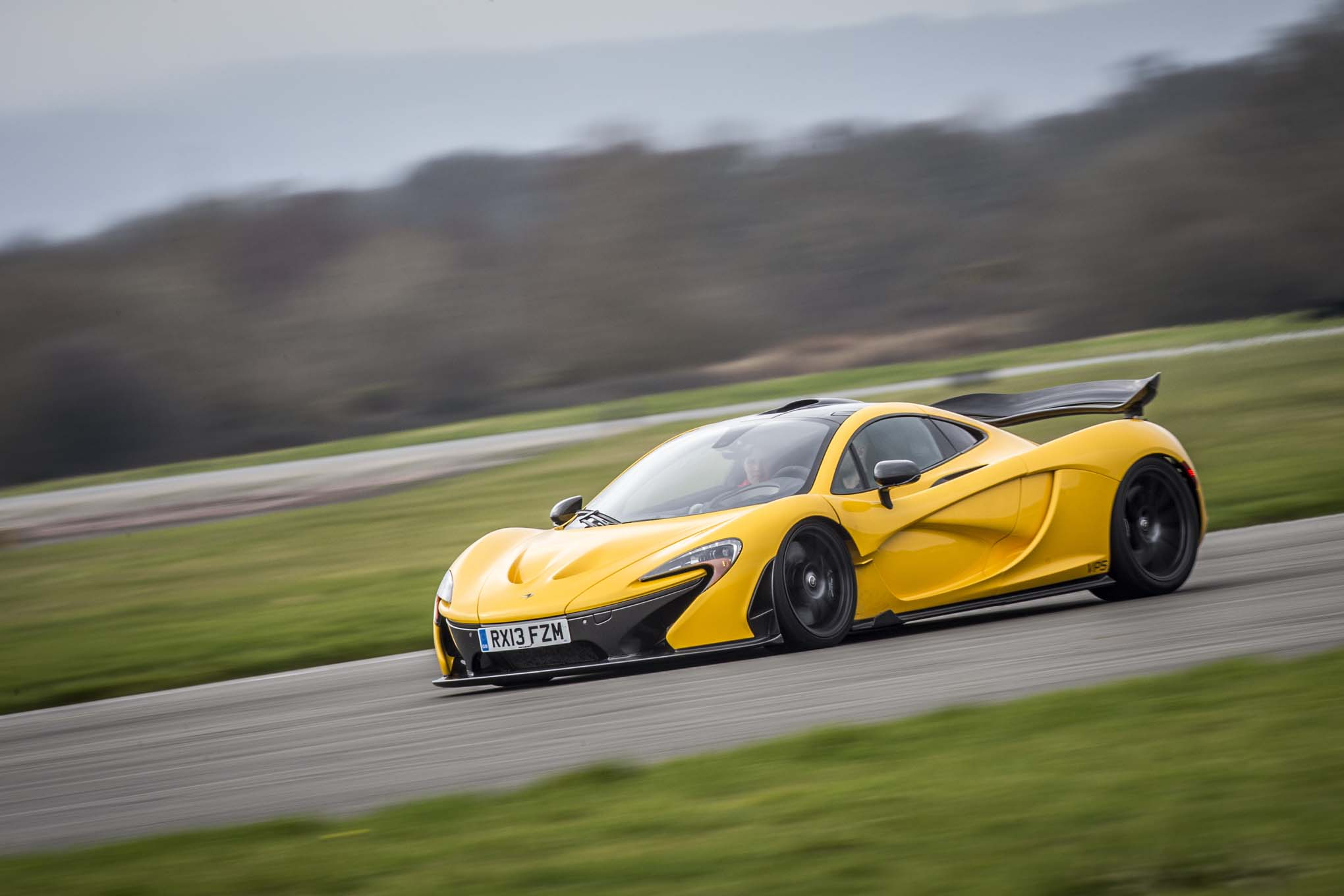 9 Gee-Whiz Facts About The McLaren P1 - Motor Trend