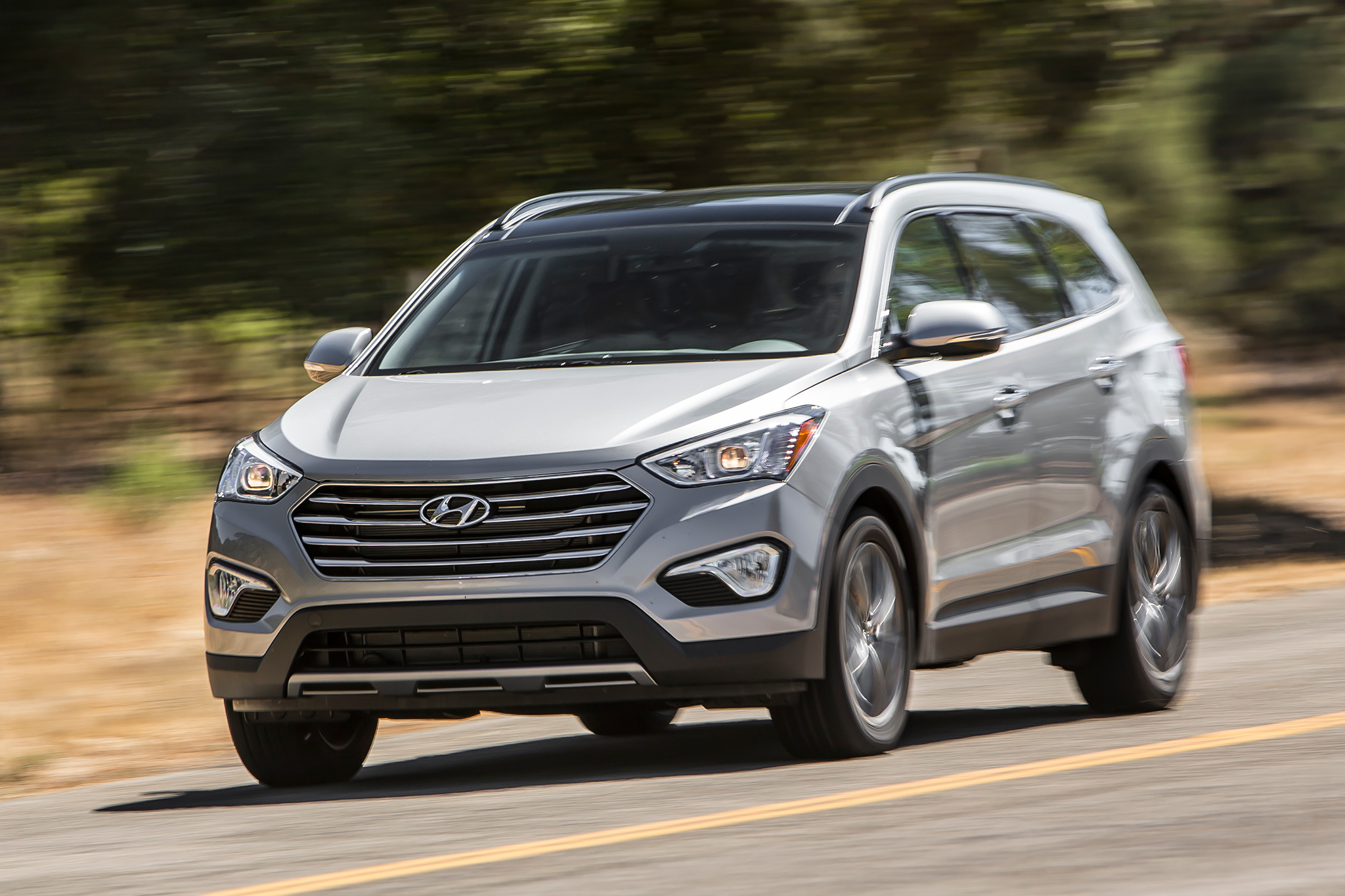 2014 Hyundai Santa Fe Limited AWD First Test