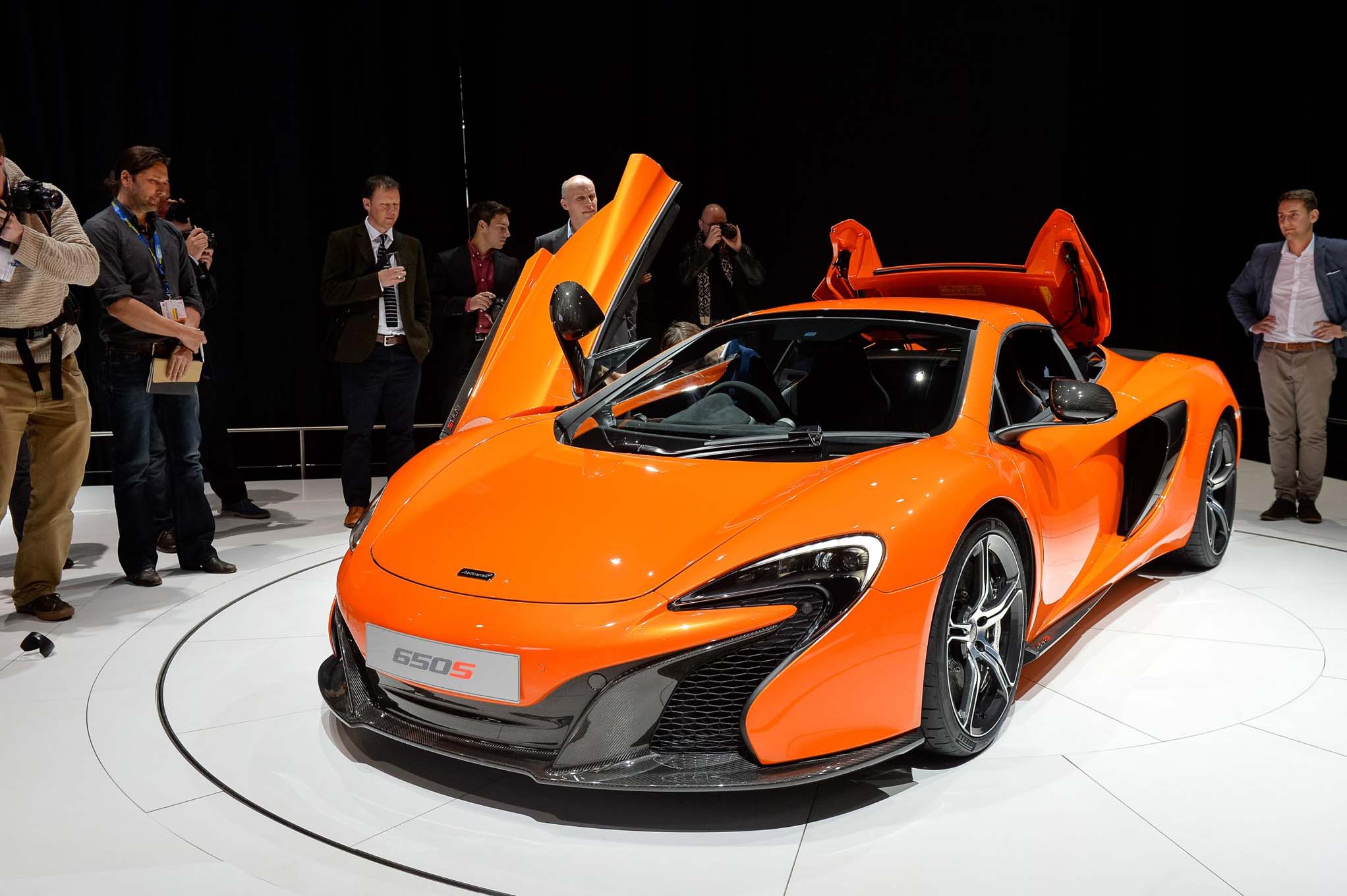 Five Things You Should Know About the McLaren 650S Coupe and Spyder