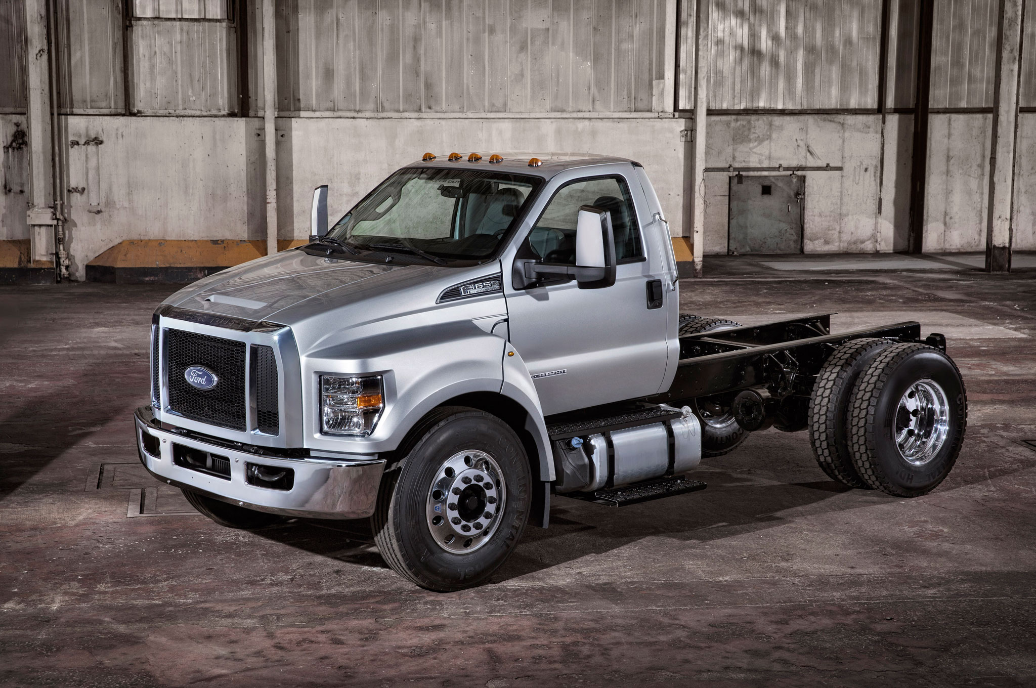 ficial 2016 Ford F 650 and F 750 To Be Built in Ohio Motor Trend