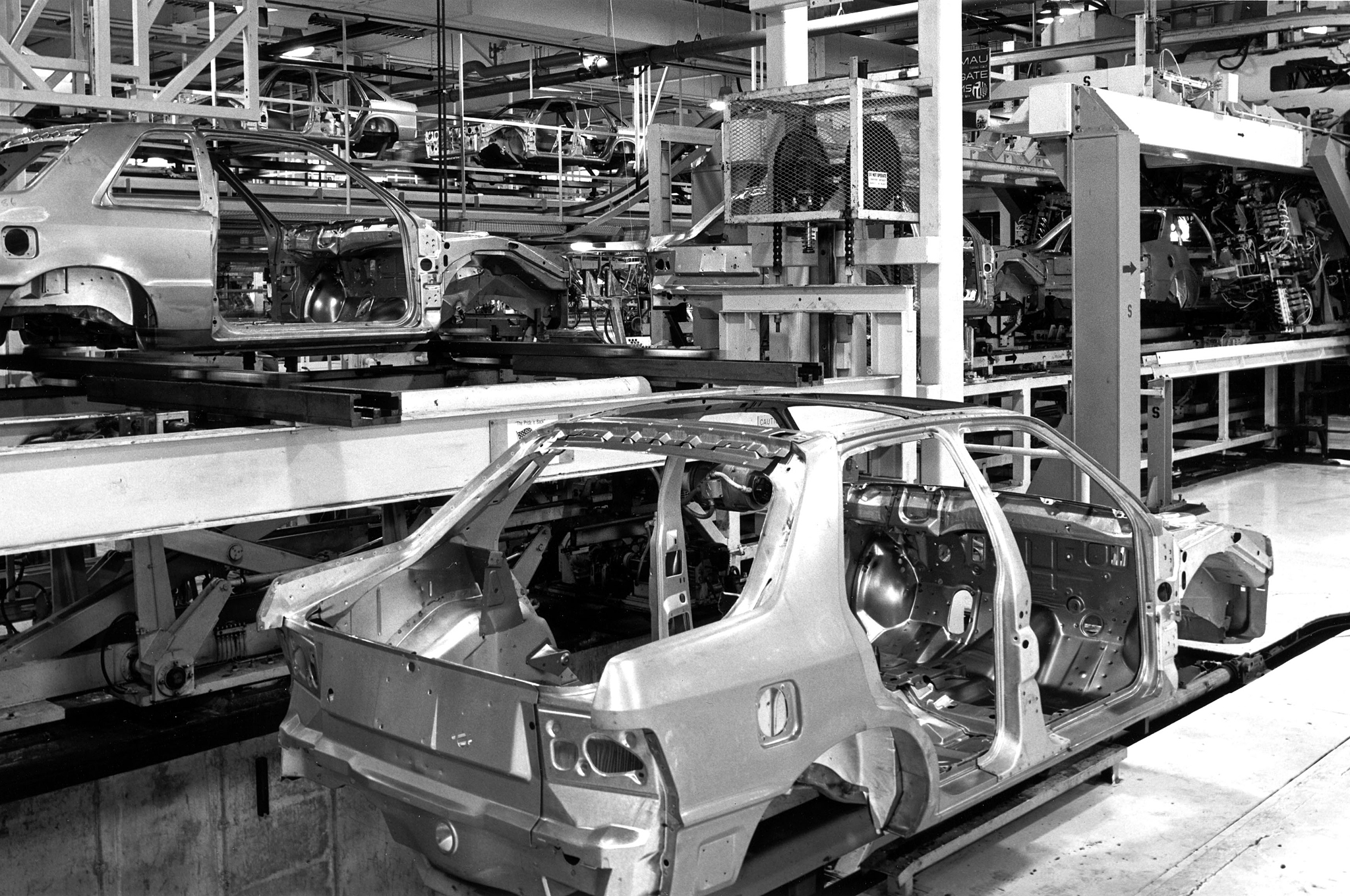 Sterling Heights Chrysler >> Chrysler Sterling Heights Plant Tour Improvements Abound Motor
