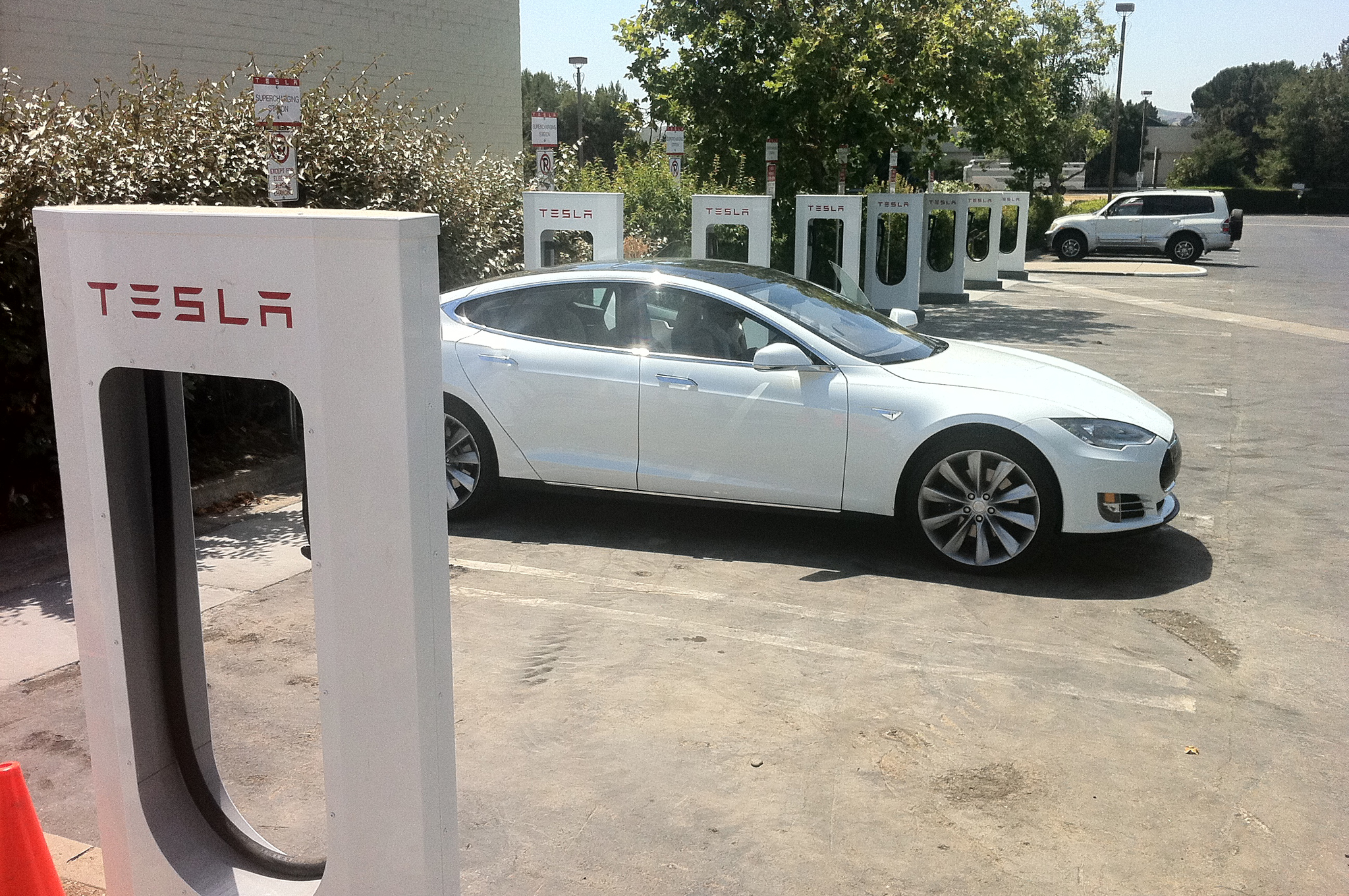 Tesla Appeals New Jersey Direct-Sales Ban