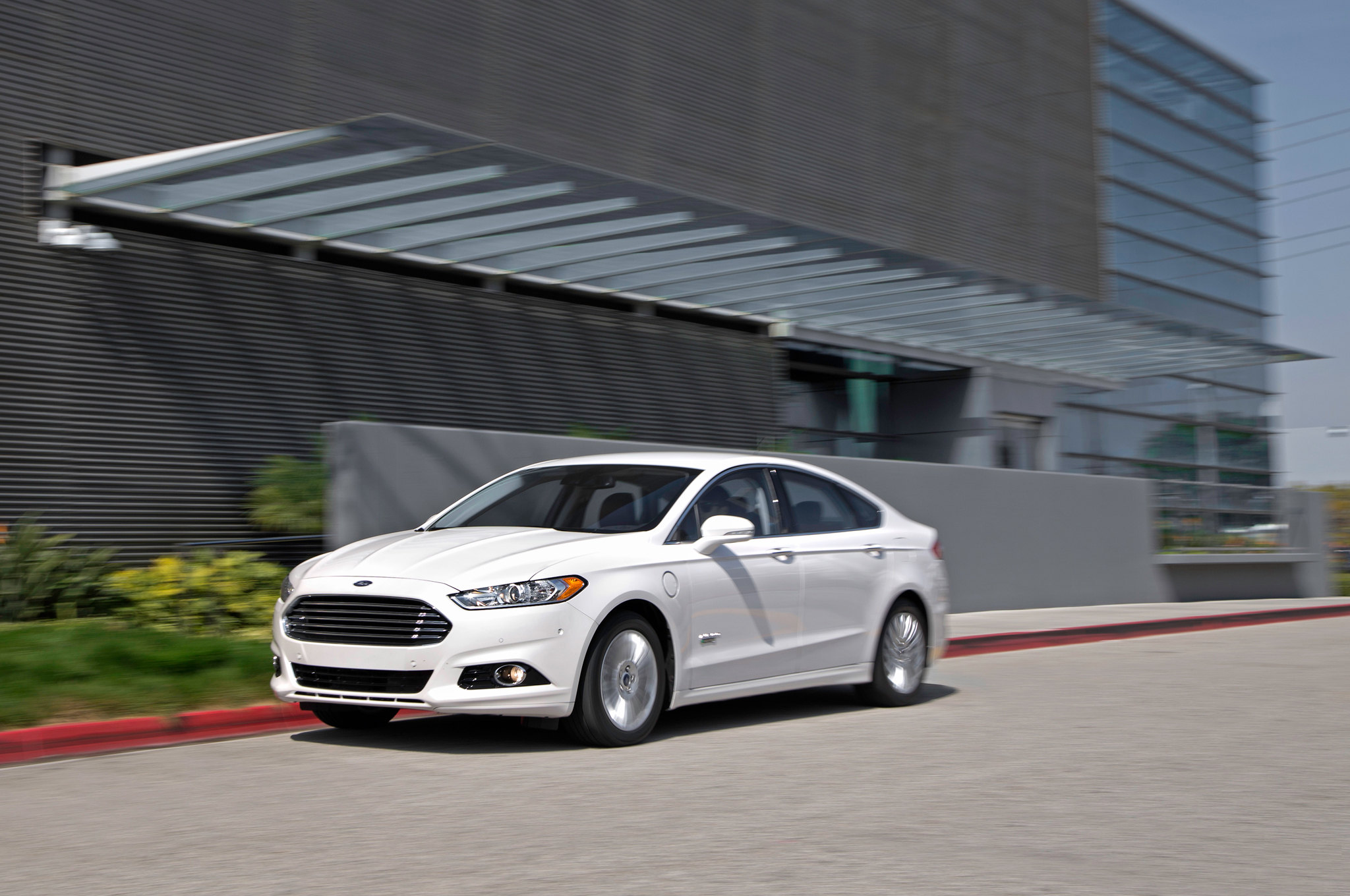 2014 ford fusion energi phev first test