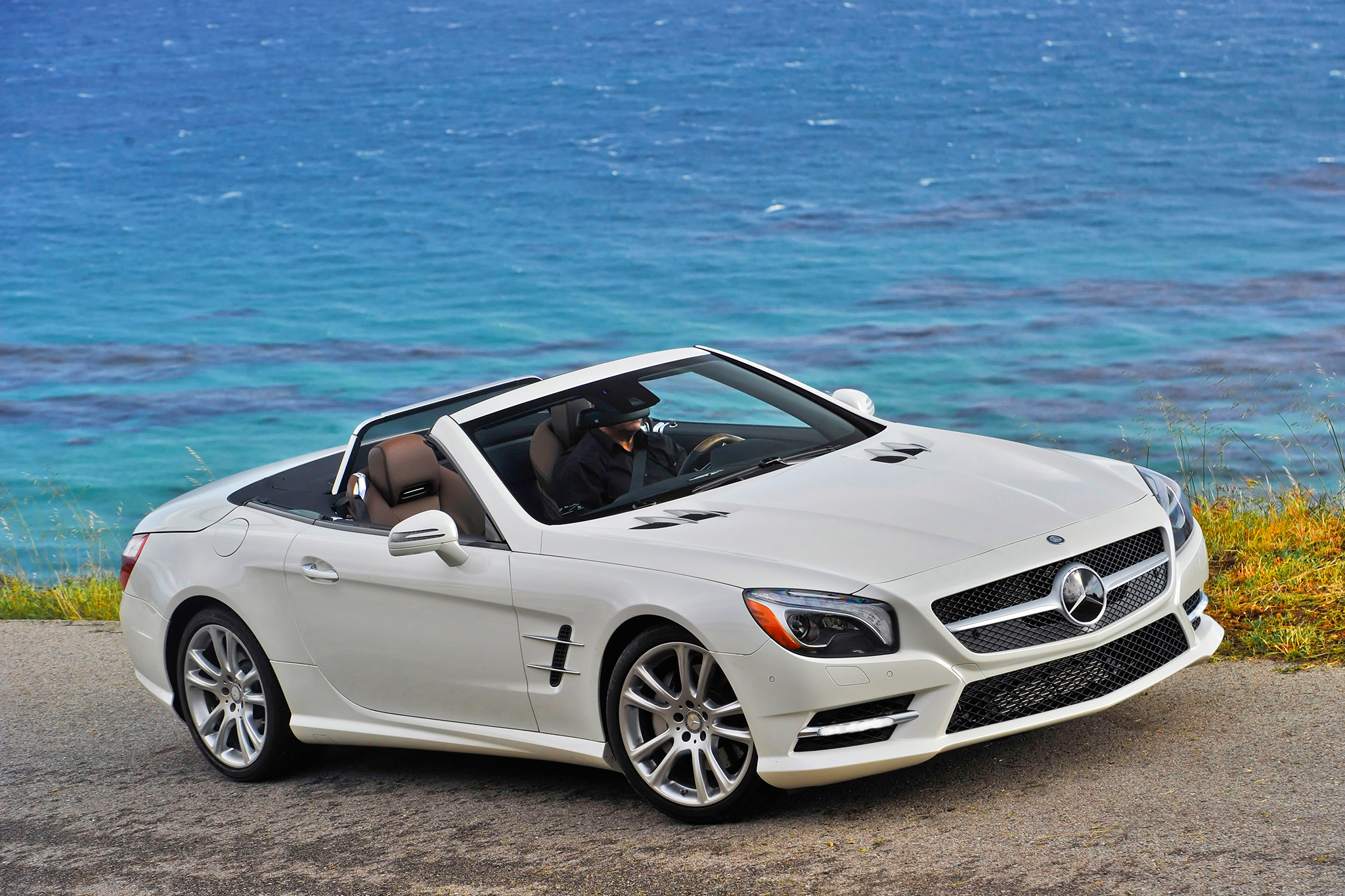 Mercedes-Benz SL, SLK May Share Architecture, Offer AWD