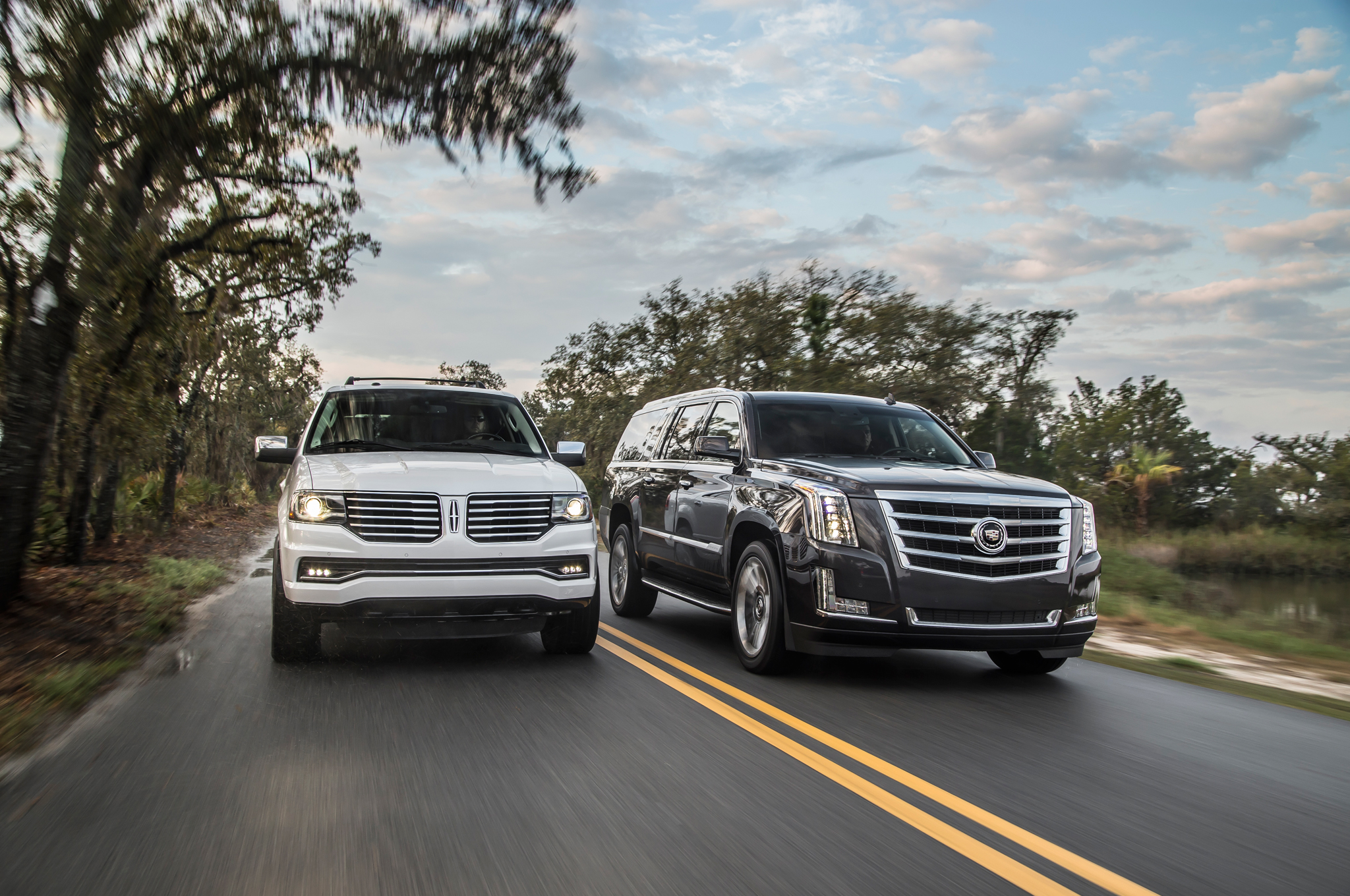 Poll: 2015 Lincoln Navigator Or 2015 Cadillac Escalade?