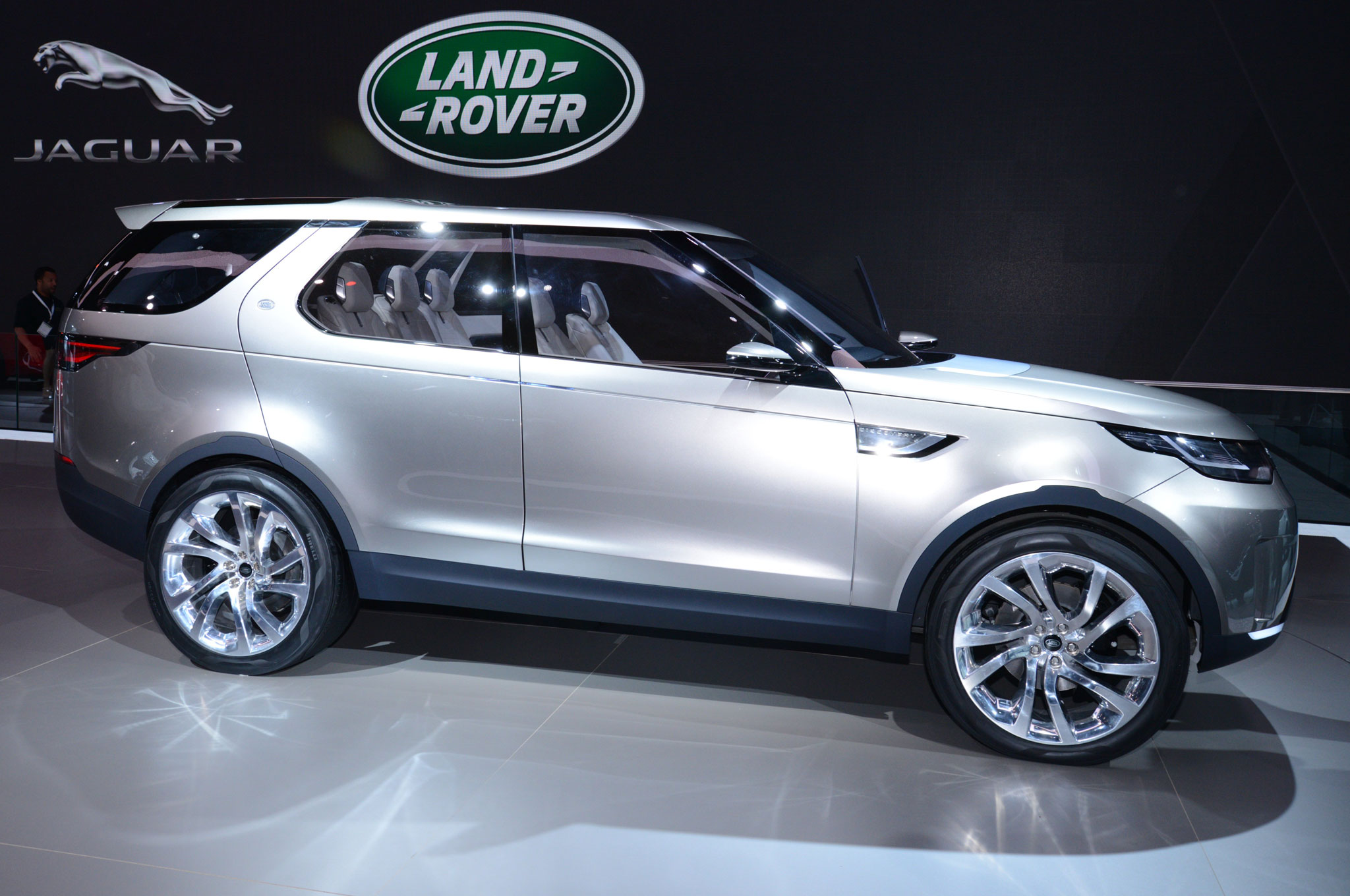 Next-Gen Land Rover Discovery Just the Beginning - Motor Trend