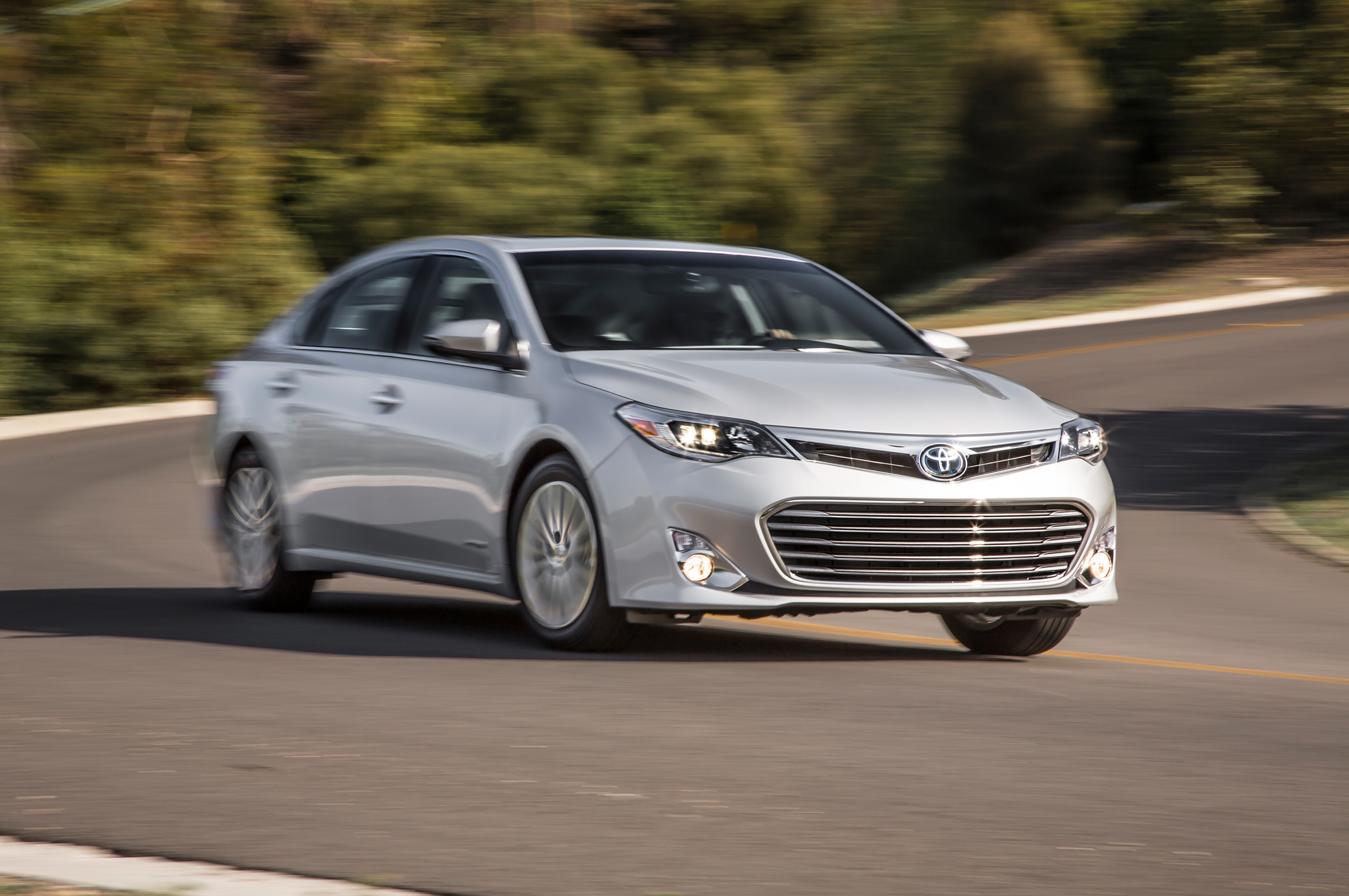 Attractive 2014 Toyota Avalon Limited Hybrid First Test