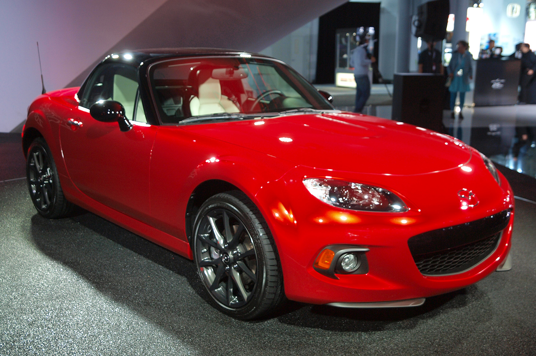 Mazda Miata 25th Anniversary Sells Out in 10 Minutes