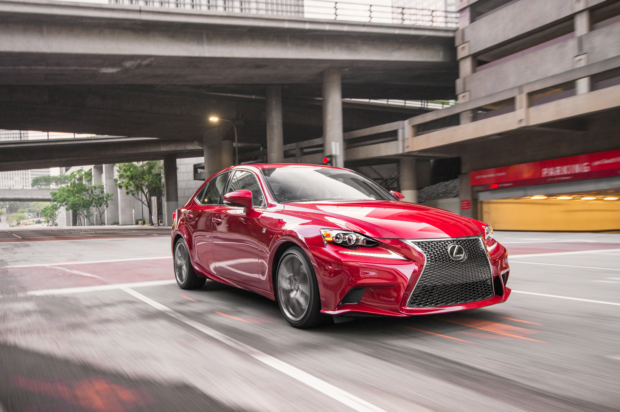 2015 Lexus IS Gets New Features, LED Fog Lights