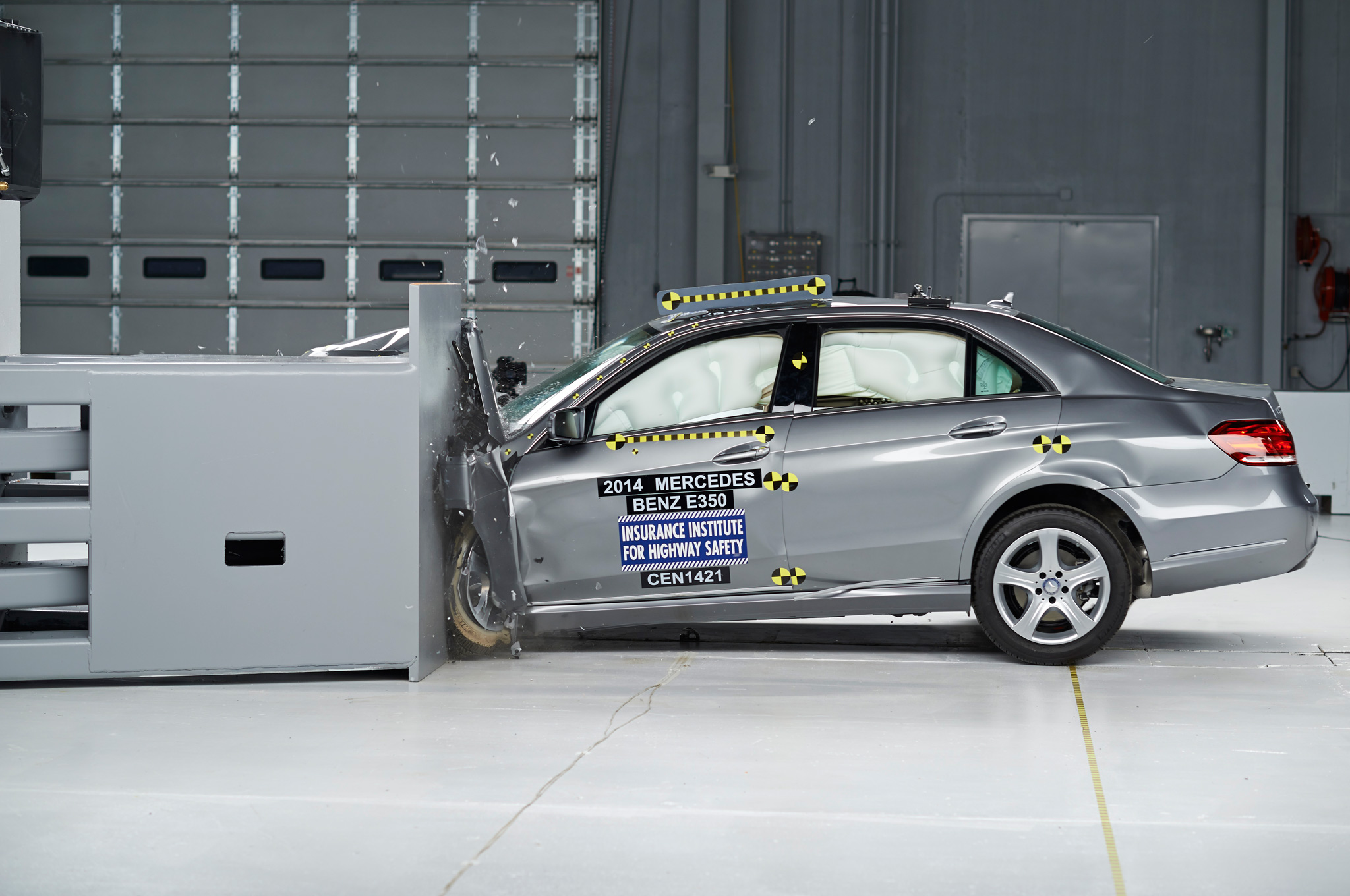 2014 Mercedes E-Class Nabs IIHS Top Safety Pick+ Rating
