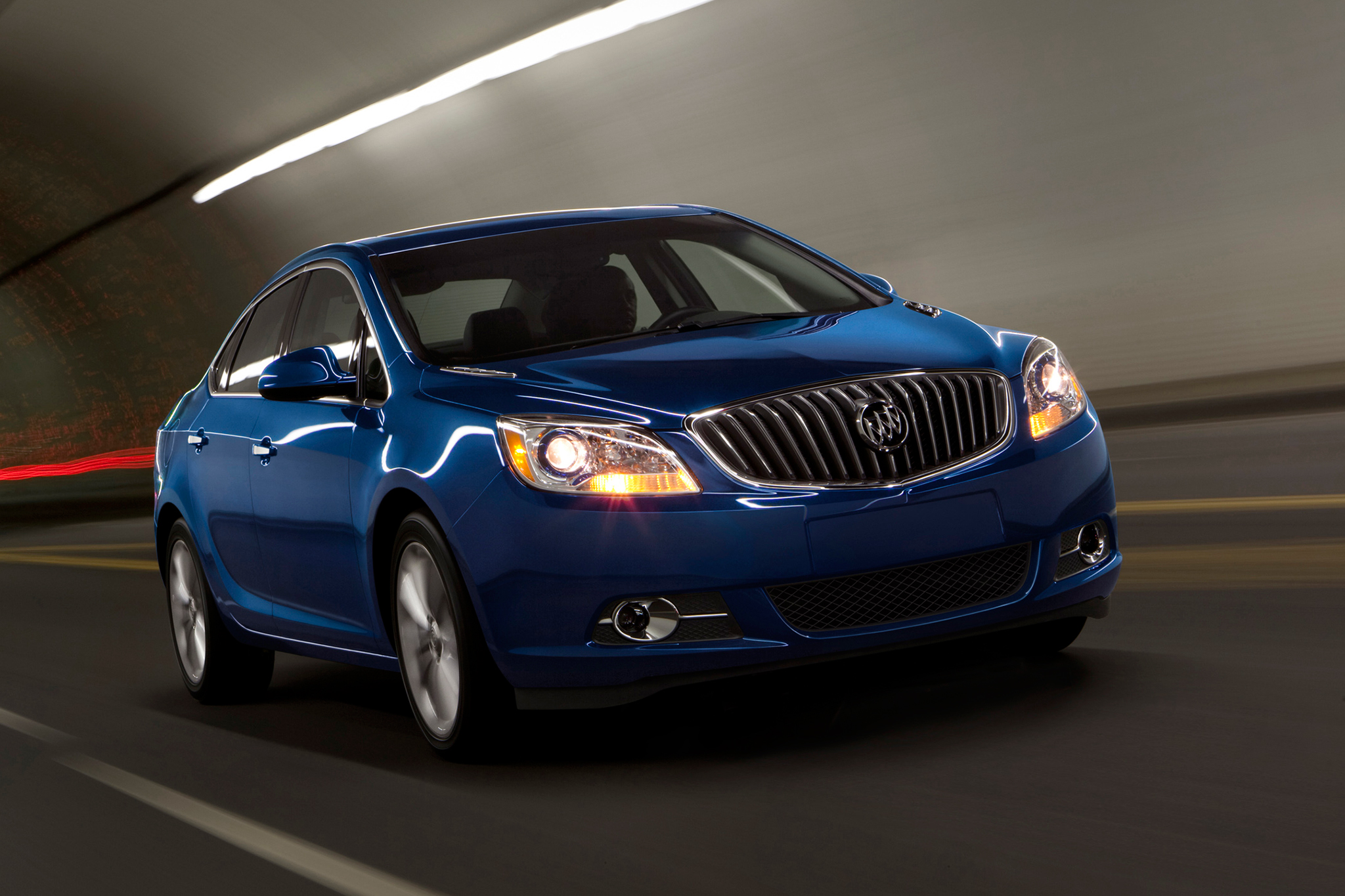2015 Buick Verano Gets Appearance Package, KEEPS Manual Option