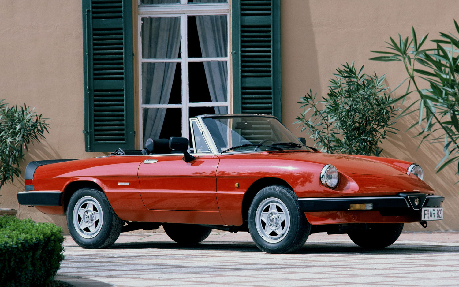 15 BEST CONVERTIBLES OF ALL TIME