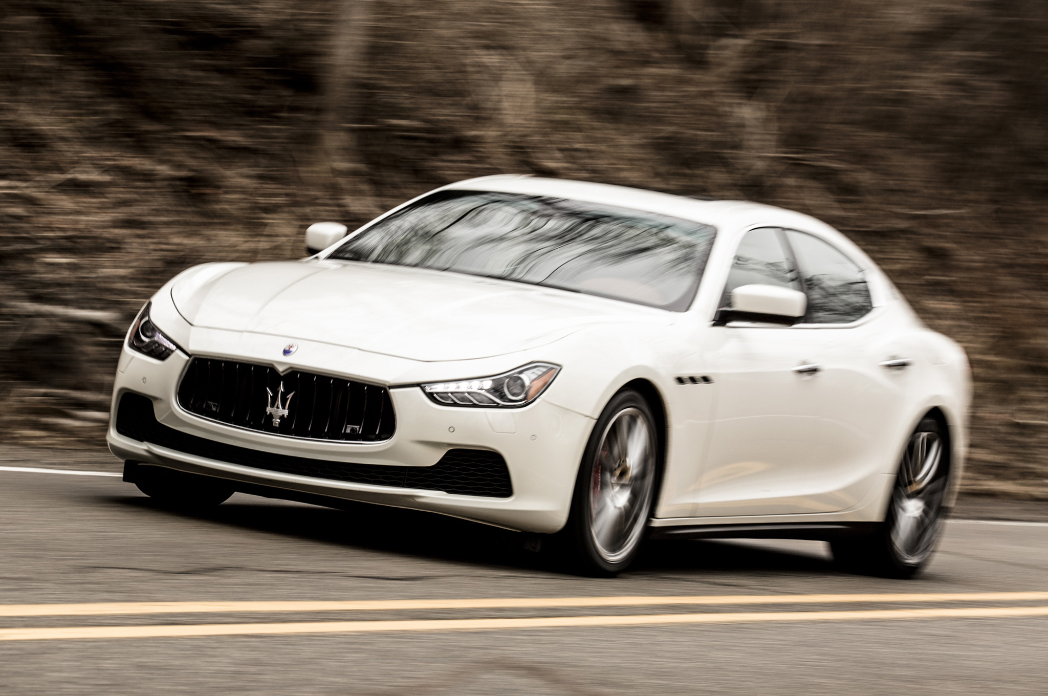 Maserati Global Sales Not to Exceed 75 000 Units a Year by 2018