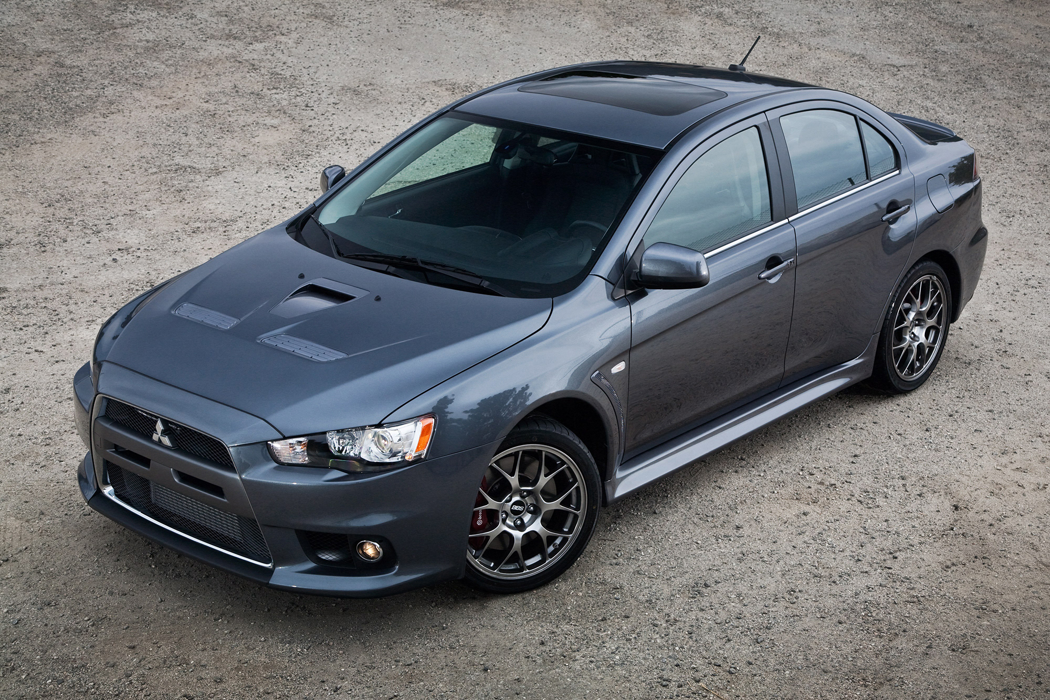 2015 Mitsubishi Lancer Evolution Updated for its Last Year