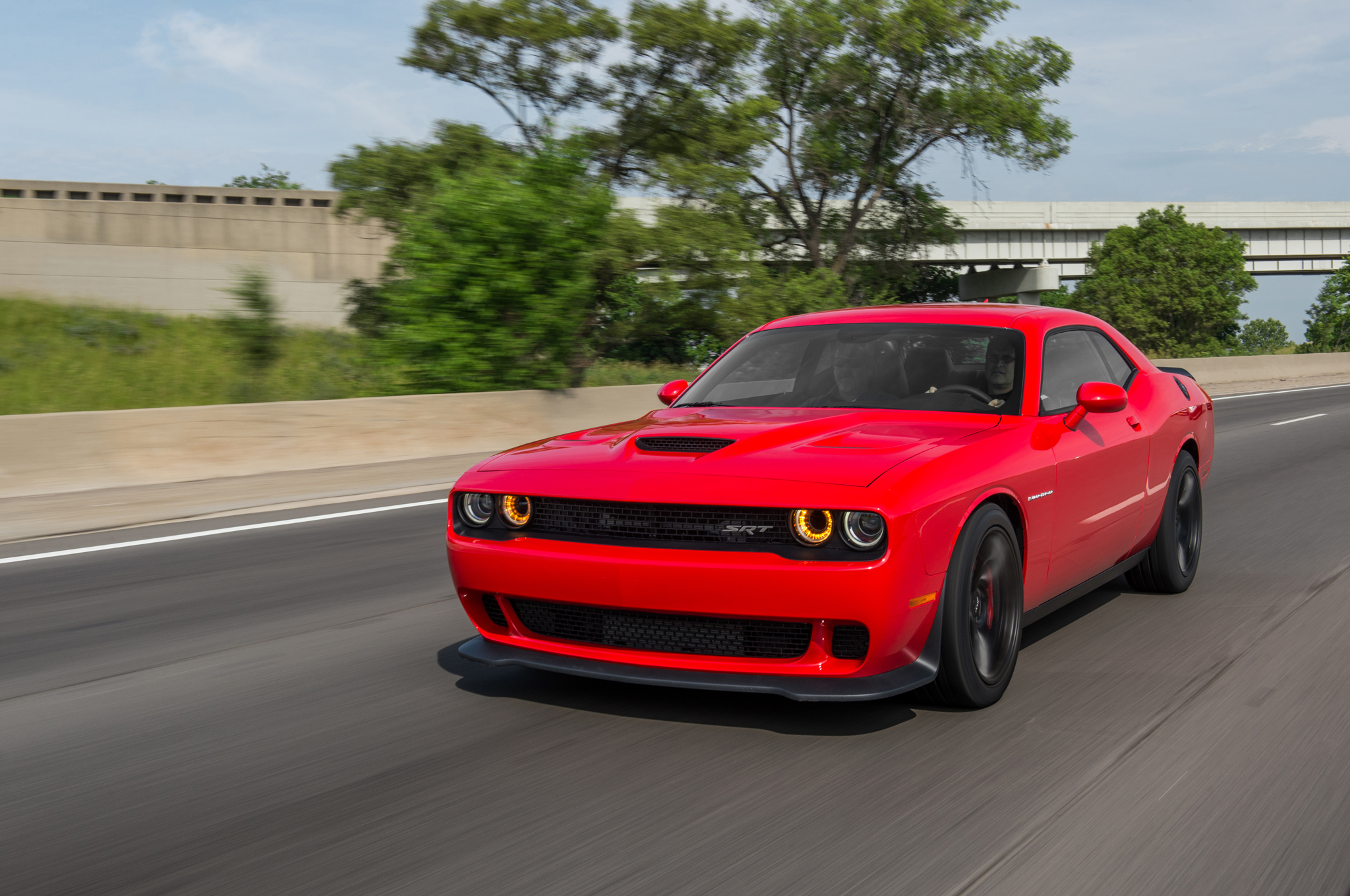 2015 Dodge Challenger Srt Hellcat Makes Astounding 707 Hp 650 Lb Ft 4 Fuse Box