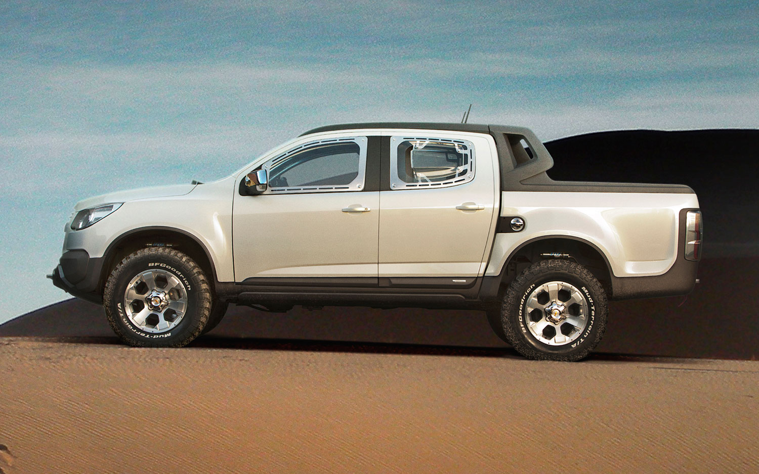 Is GM Building a Raptor-Fighter Based on the Chevy Colorado/GMC Canyon?