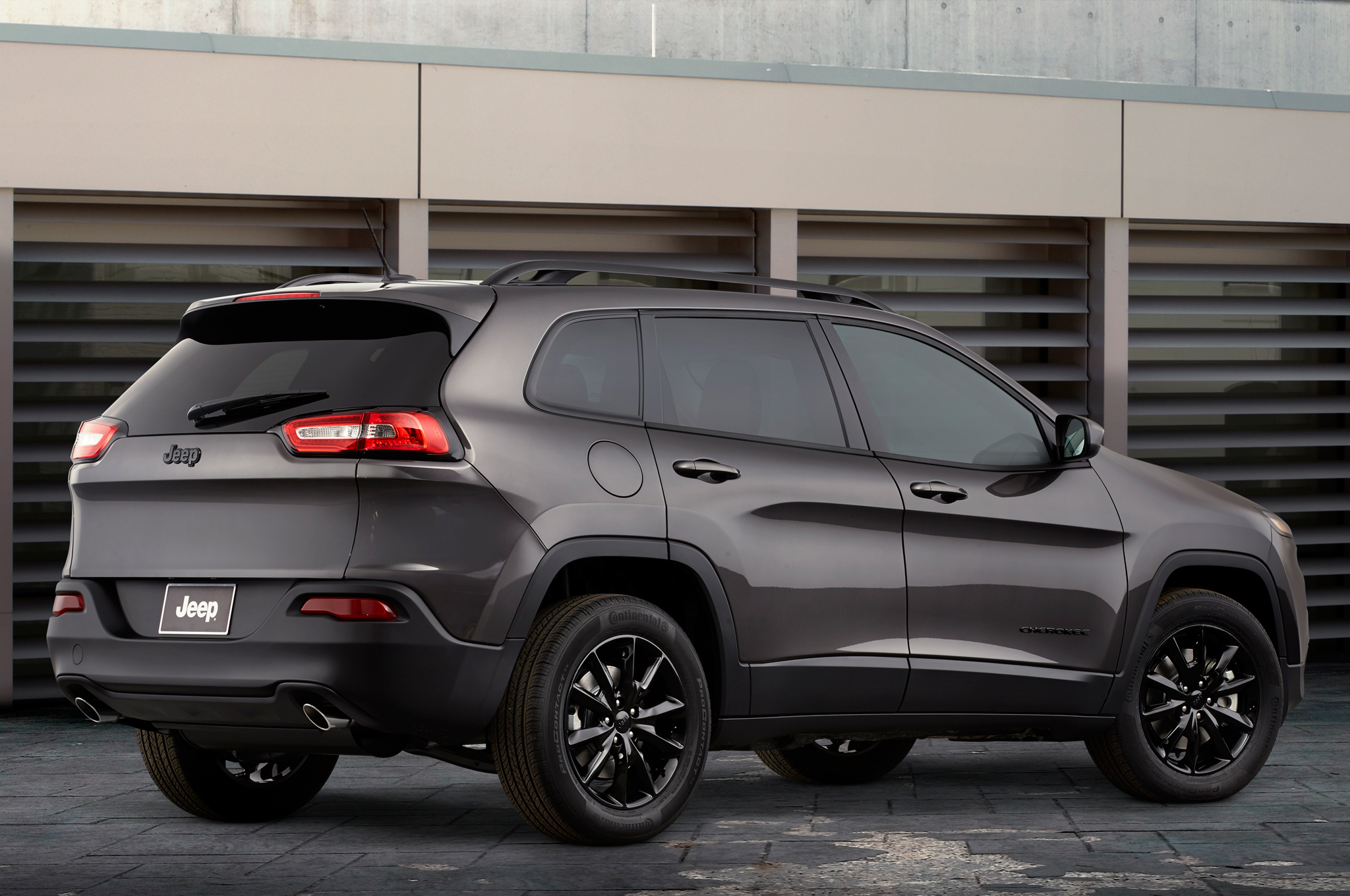 Chrysler July 2014 Sales Jump 20 Percent, Jeep Grows 41 Percent