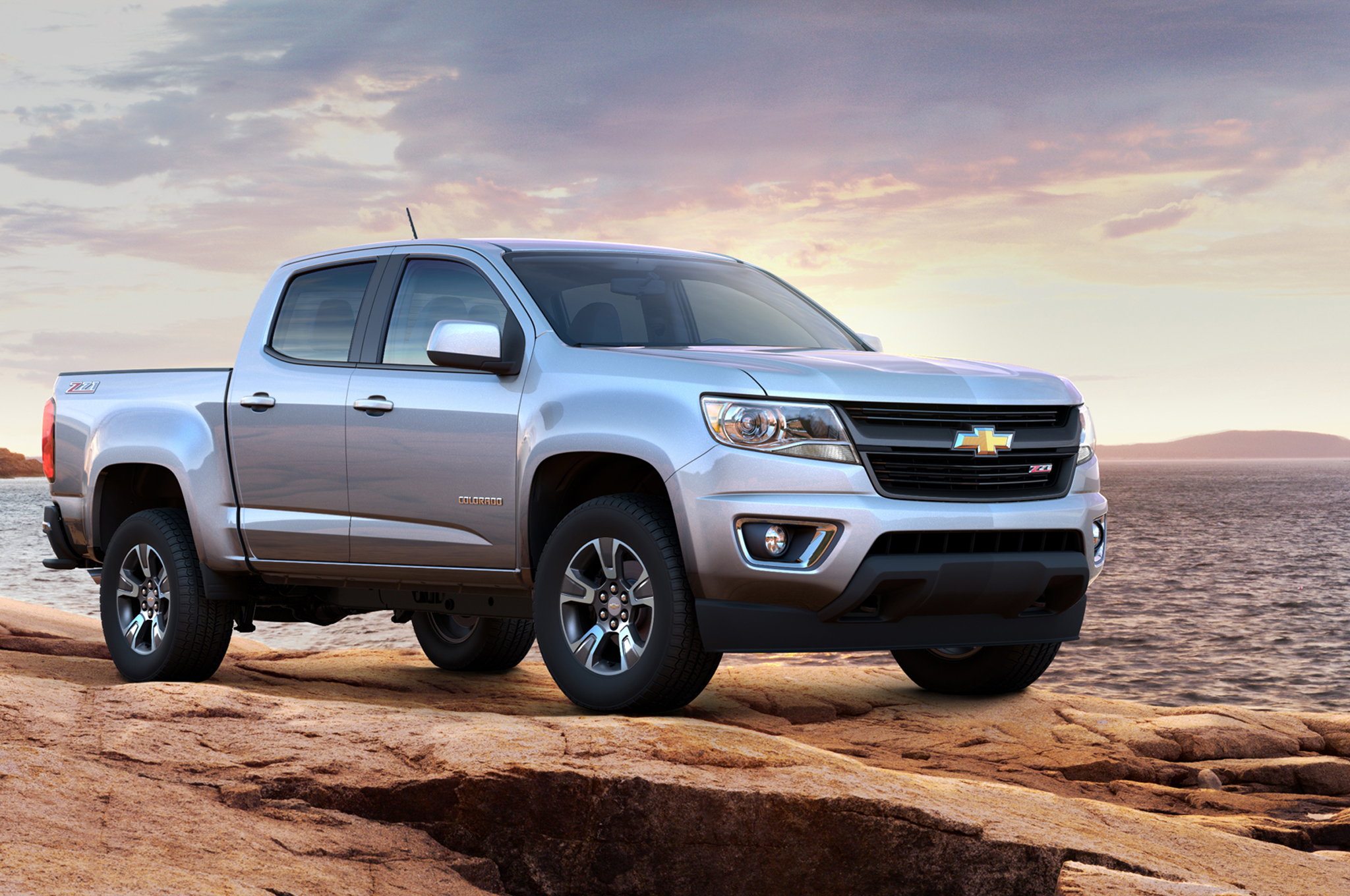 2015 Chevrolet Colorado Starts at $20,995, GMC Canyon at $21,880