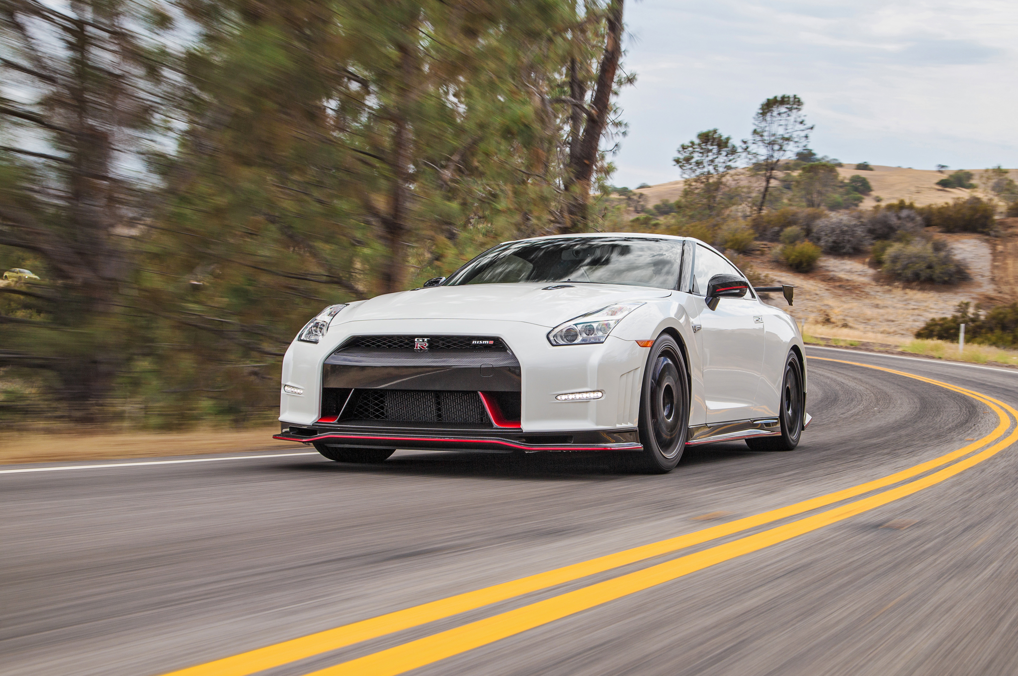 Charming 2015 Nissan GT R Nismo First Test