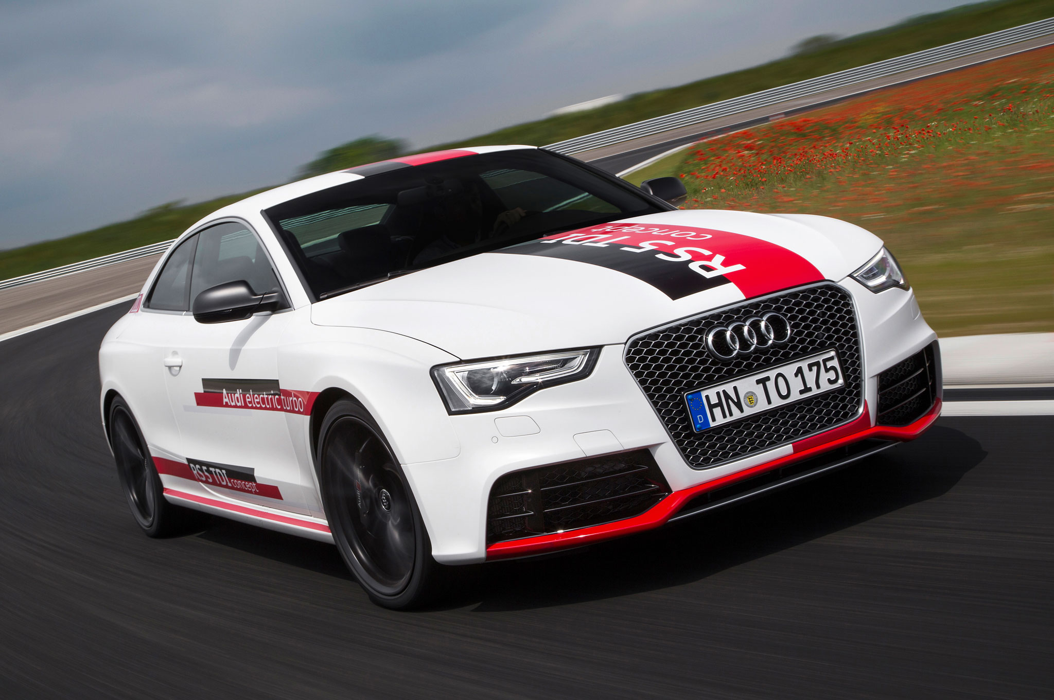 Audi RS 5 TDI Concept Previews New 48-Volt Electrical System