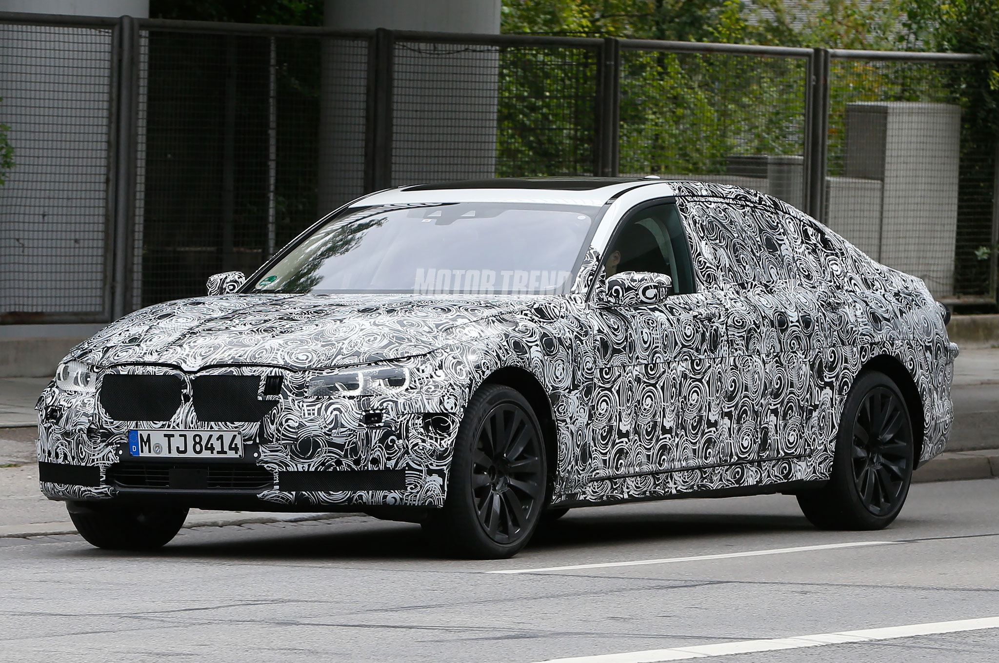 Spied! BMW 7 Series Mule's Angel Eyes are Looking at the S-Class
