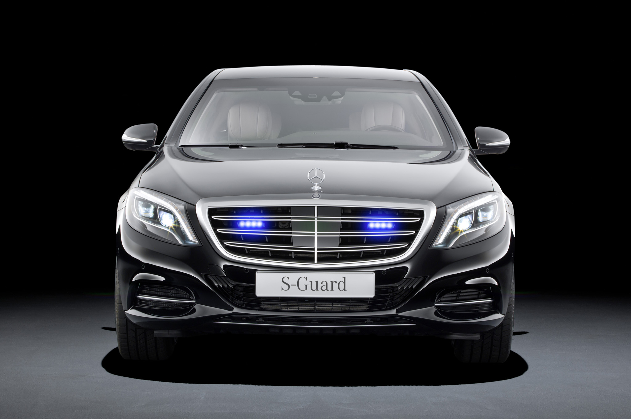 Armored Mercedes-Benz S600 Guard Will Protect and Coddle