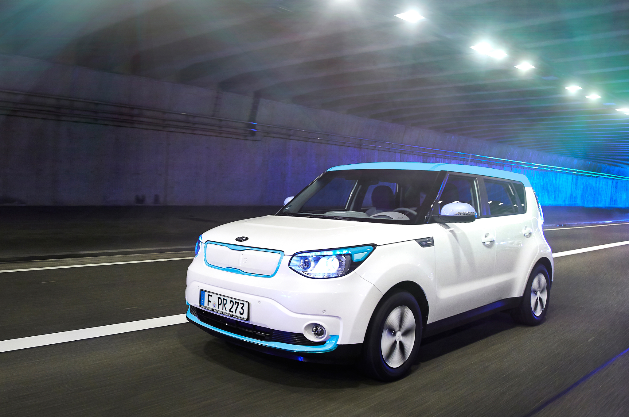 Electrifying Lease a 2015 Kia Soul EV for $249 a Month Motor Trend