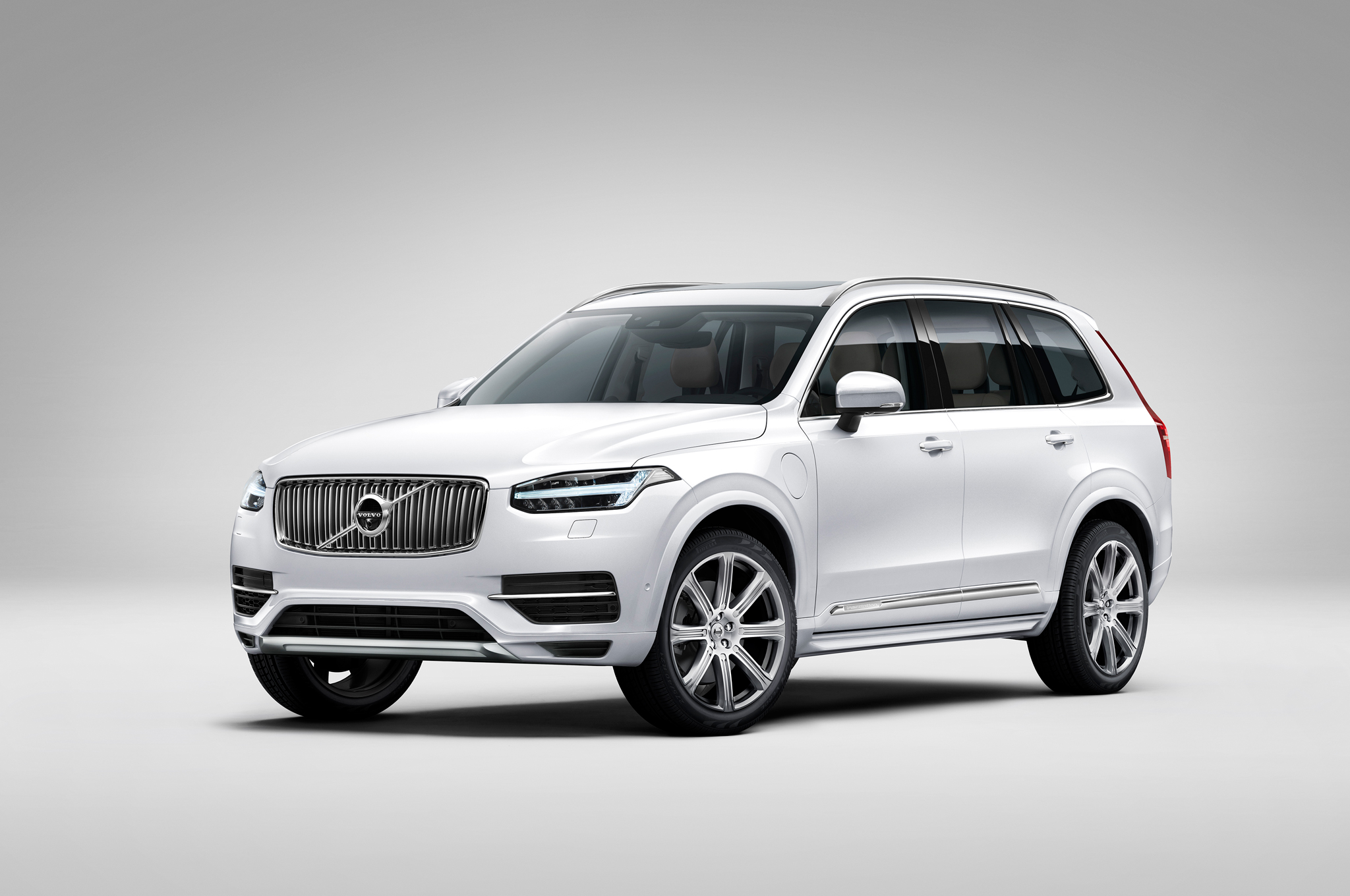 2016 volvo xc90 first edition models sell out in 47 hours - motortrend
