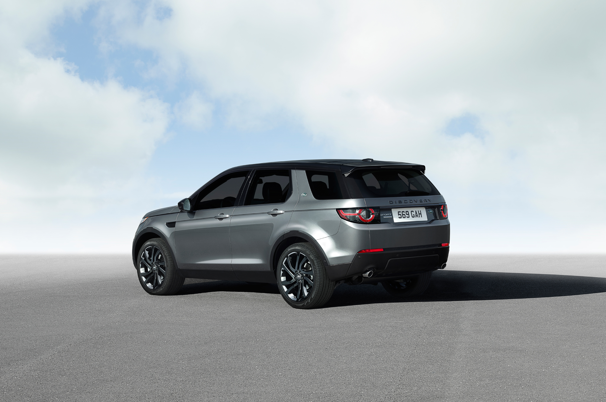2015 Land Rover Discovery Sport Poses for Cameras in Paris
