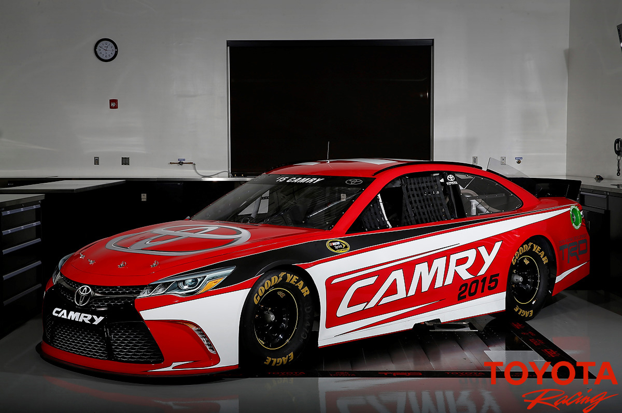 2015 Toyota Camry NASCAR Revealed with Road Car Looks Motor Trend