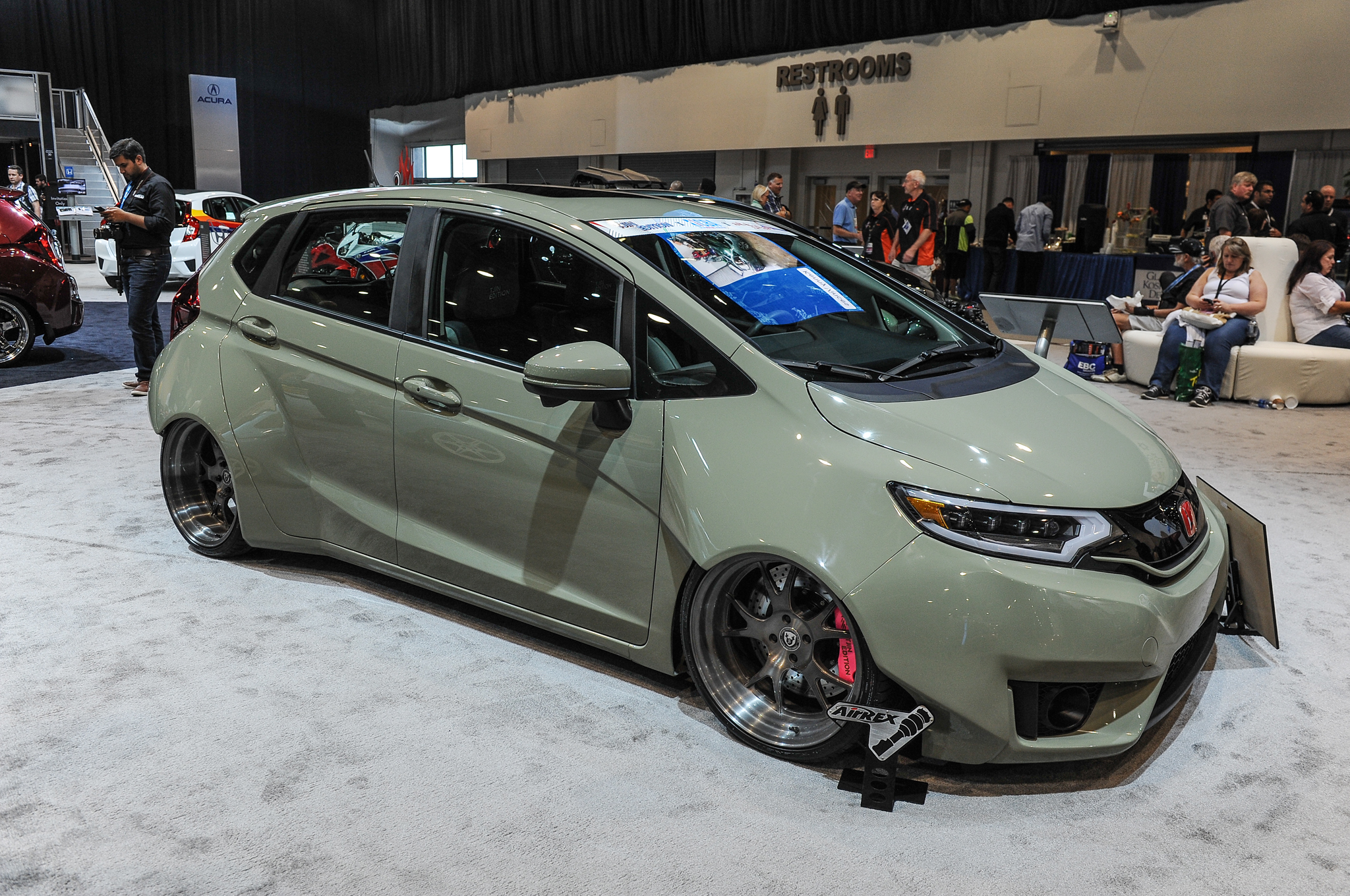 9 Modified 2015 Honda Fit Hatchbacks Debut at SEMA