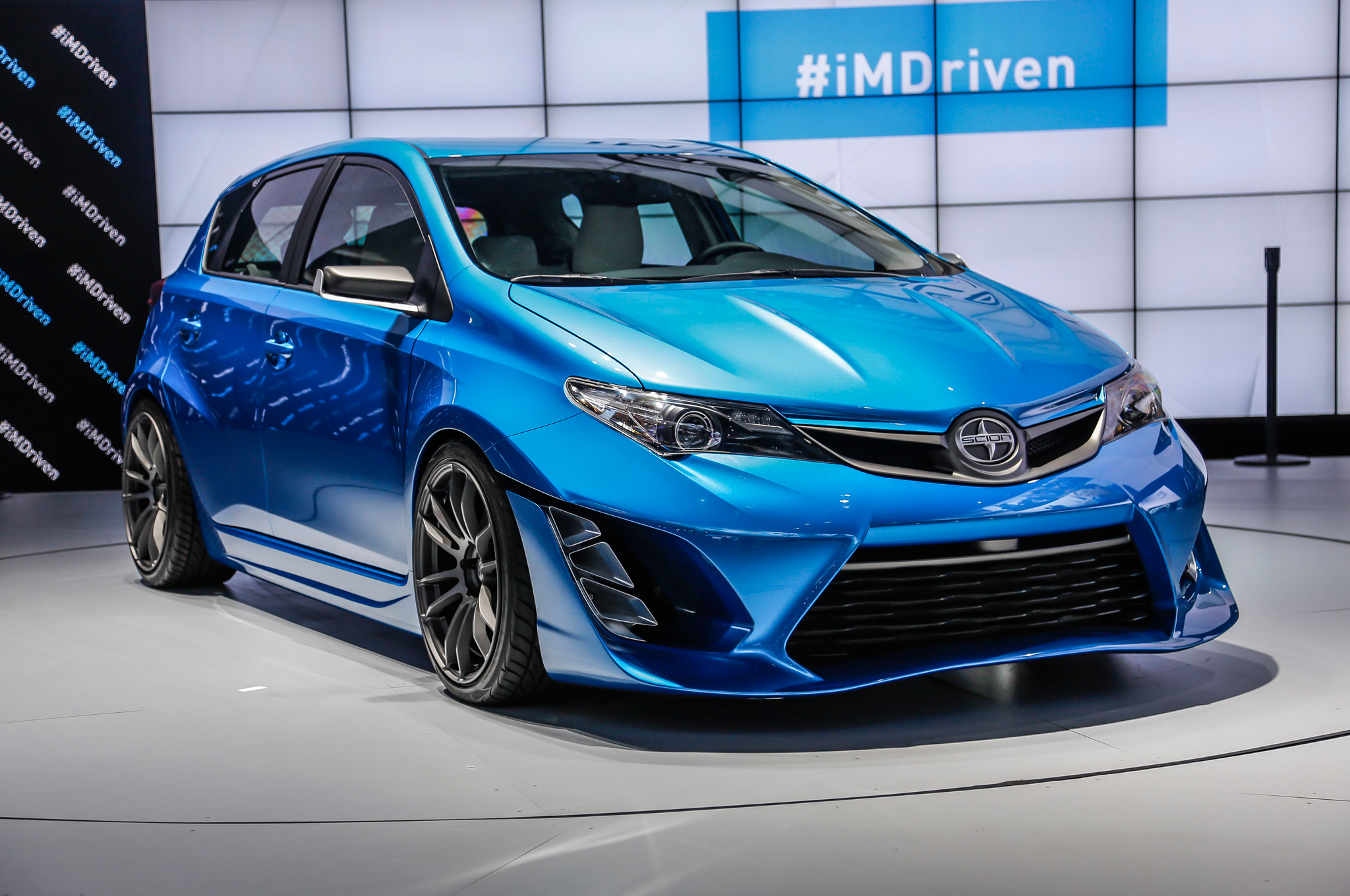 Scion Im Concept Bows In L A With Toyota Auris Looks Motortrend