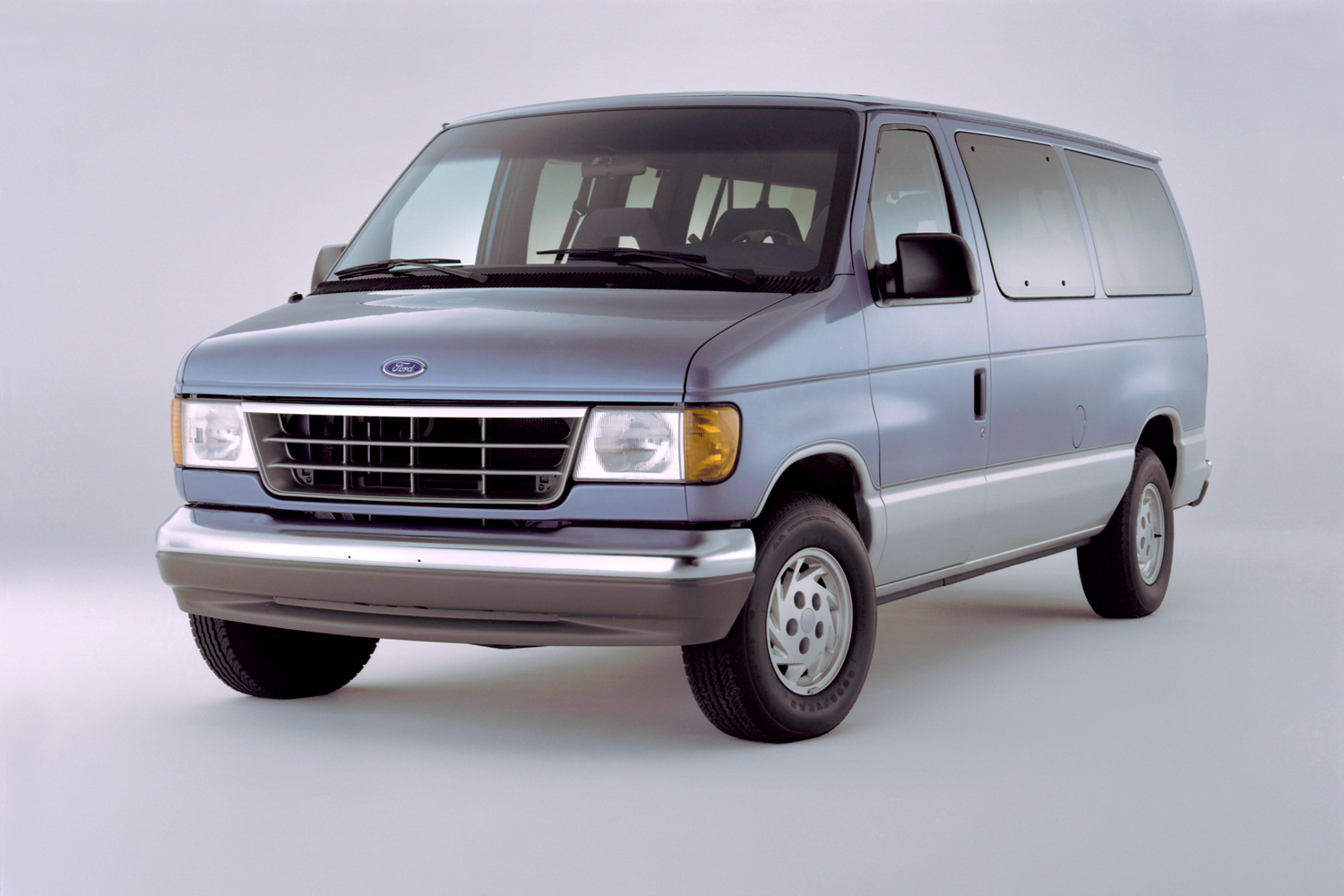Past Truck Of The Year Winners Motor Trend 1980 Ford Conversion Van