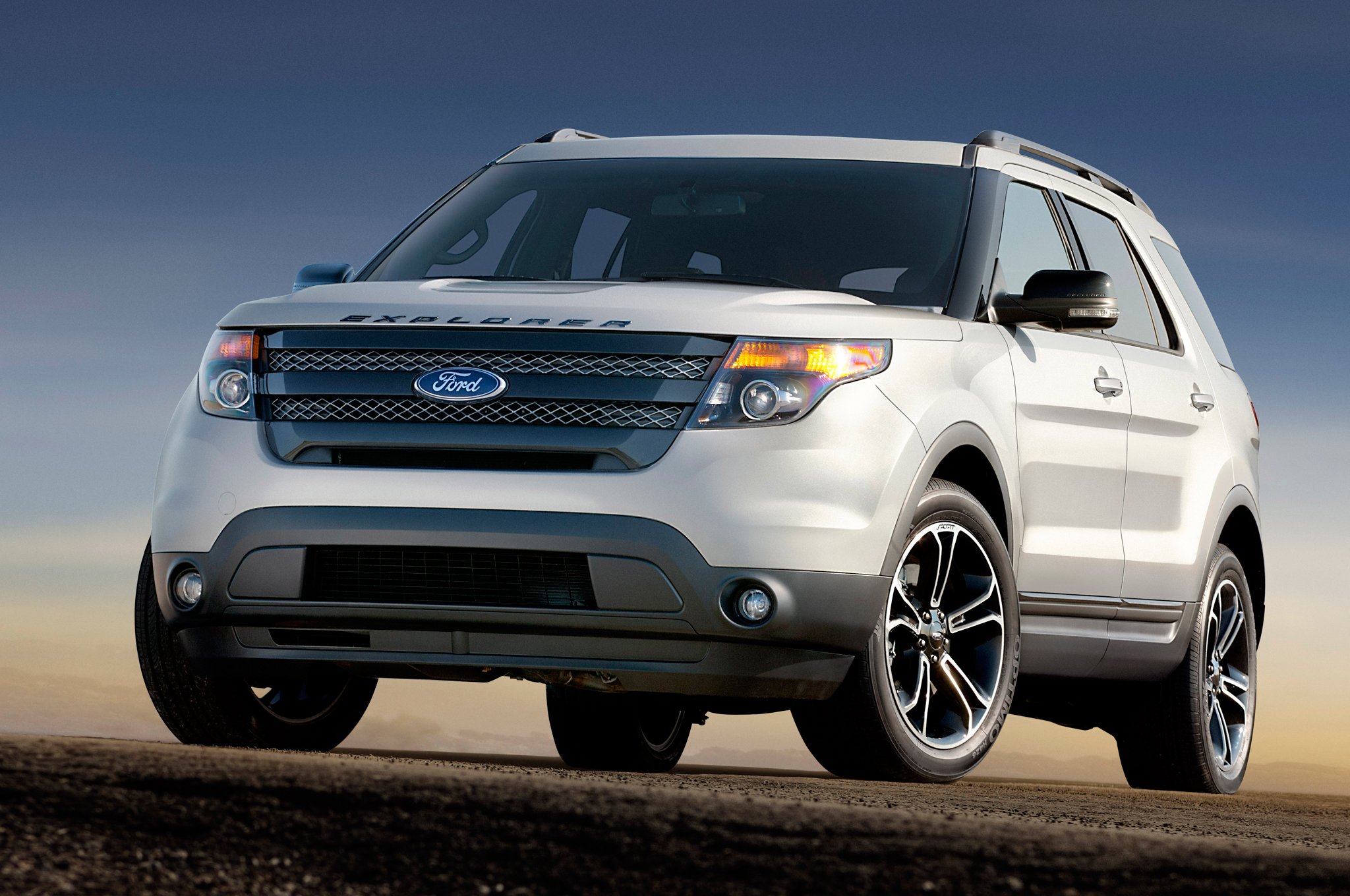 2014 Most Popular Car Color In North America Is White