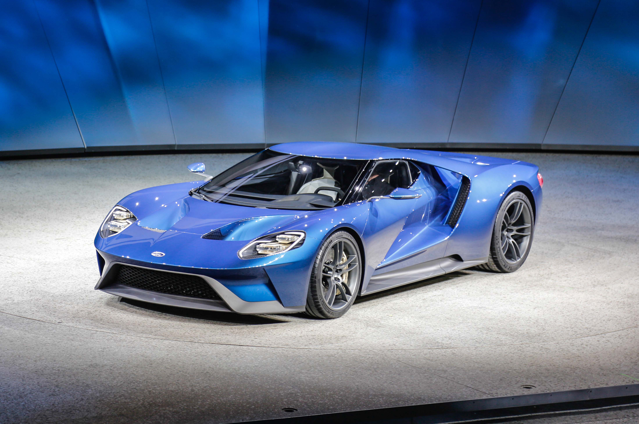 Ford GT In Detroit Is Very Real With Plus HP Motor Trend - Ford show car
