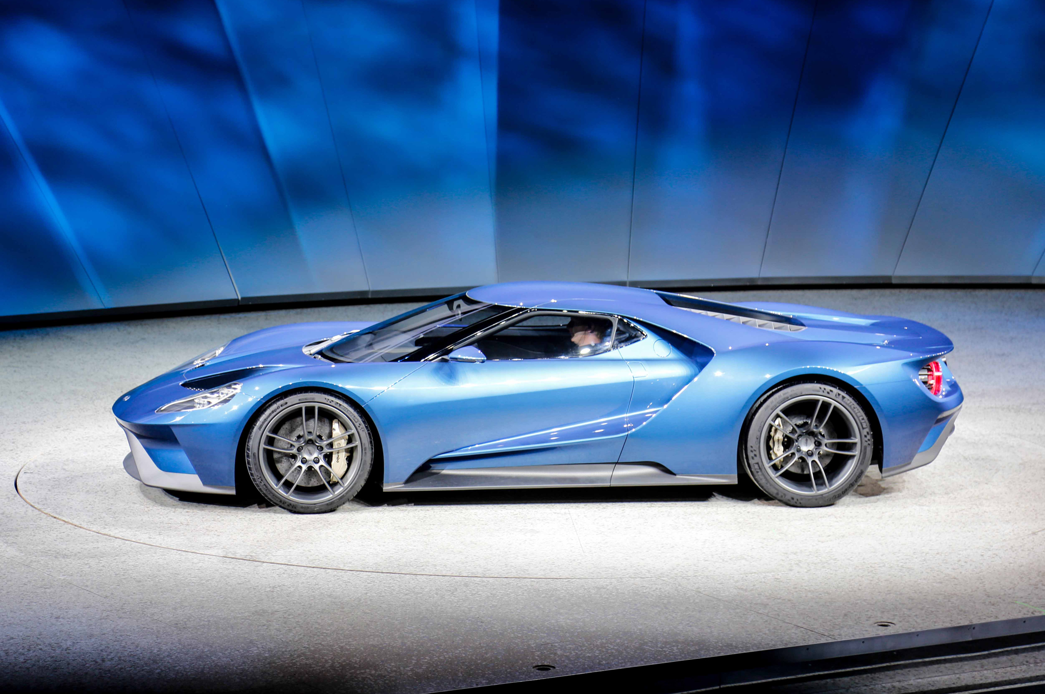 Holy (bleep)! What We Thought When The Ford GT Rolled Out In Detroit ...