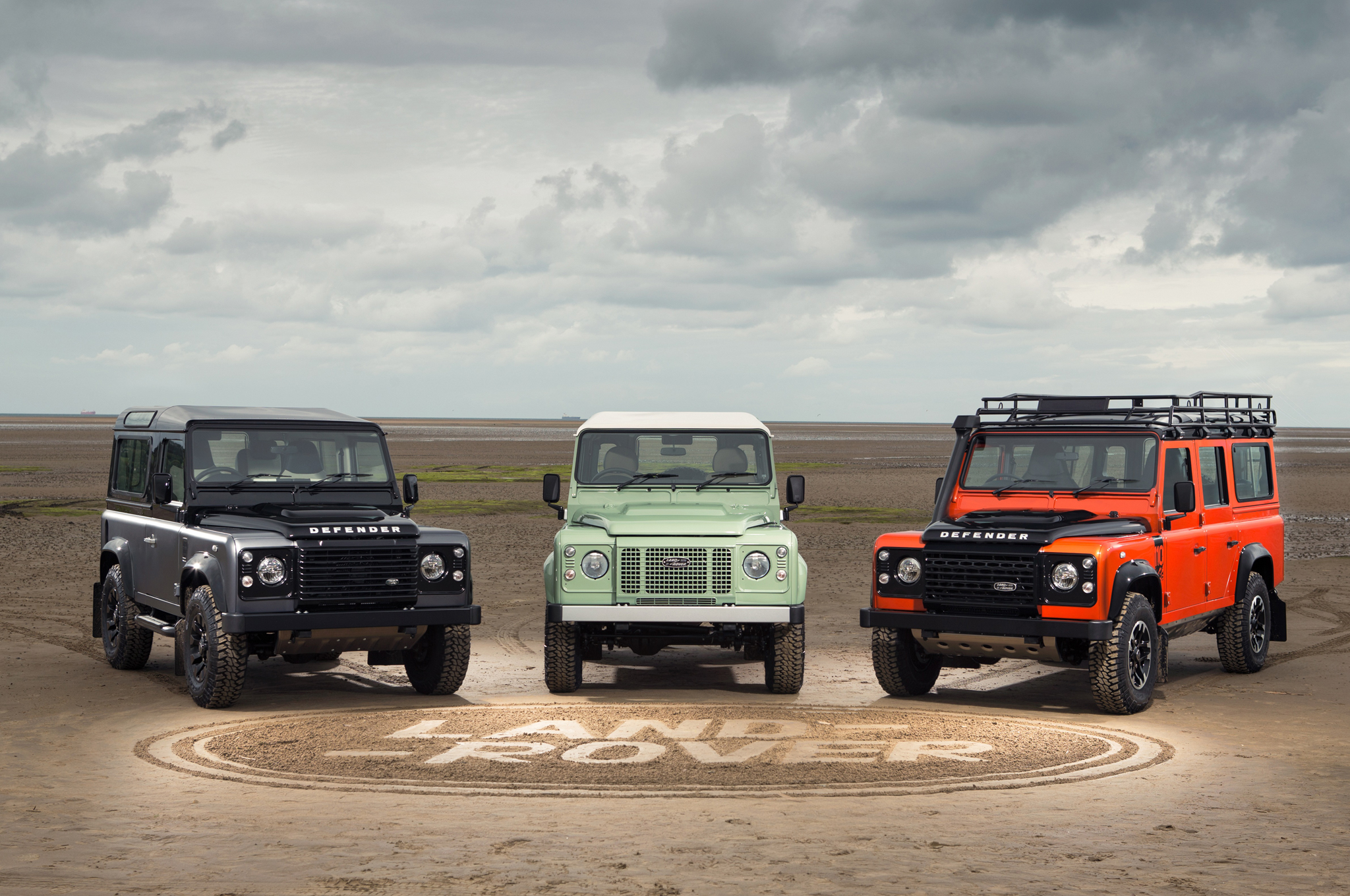 Land Rover Marks End of Defender Production with Special Editions