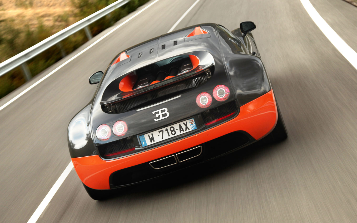 Only 8 Bugatti Veyron Supercars Left as Successor Nears Launch