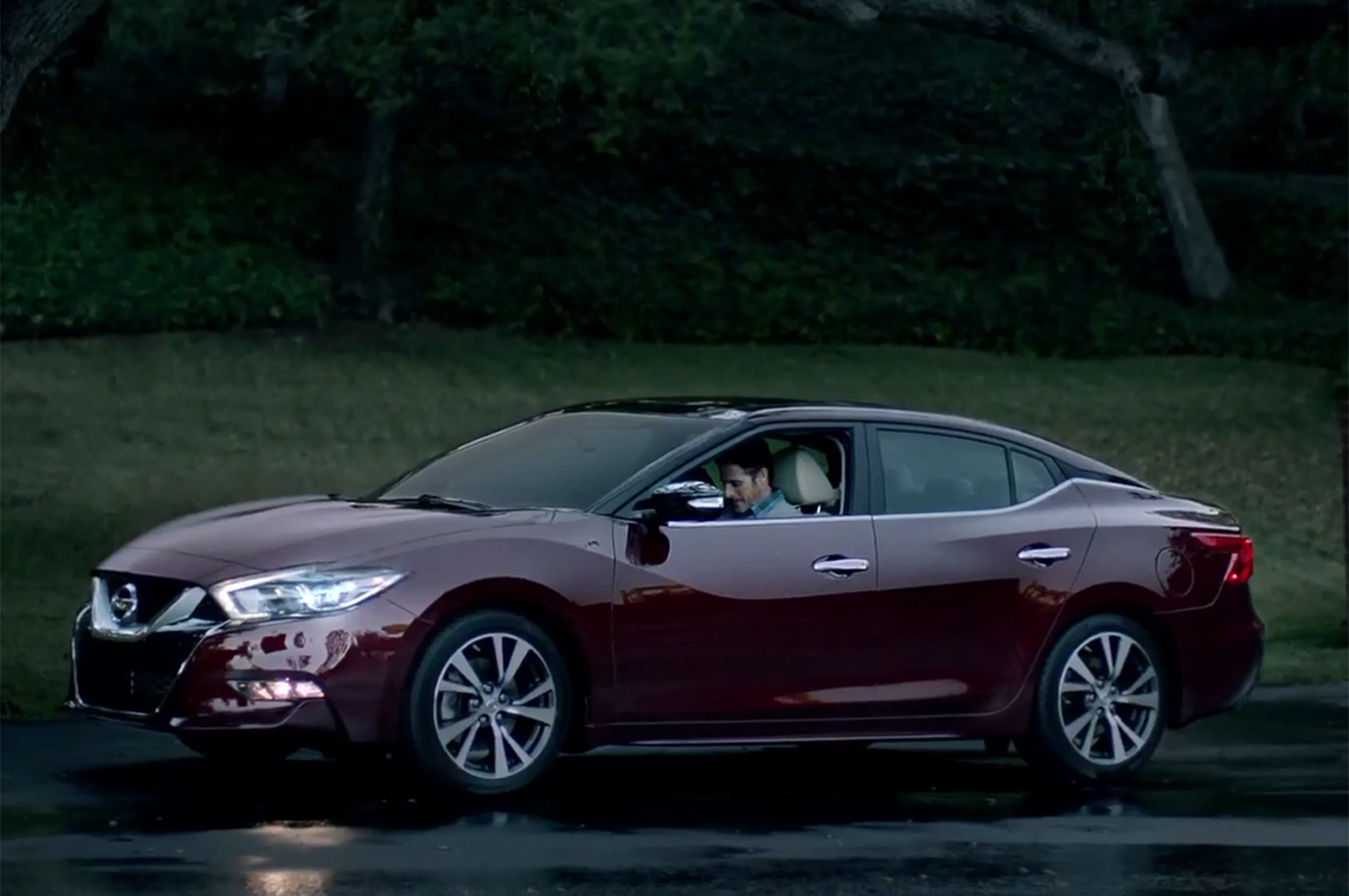 2016 Maxima Nismo >> 2016 Nissan Maxima Nismo Le Mans Racer Shown During Super Bowl Ad