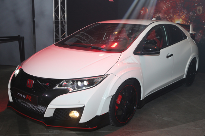 Aerodynamics Help Honda Civic Type R Hatch Reach 167 MPH