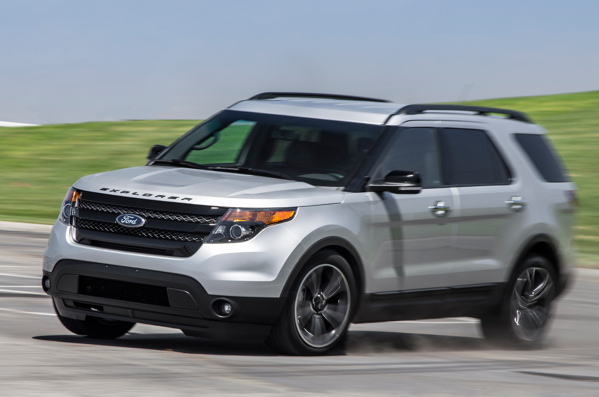 First Spin  Ford Explorer Platinum The Daily Drive Consumer